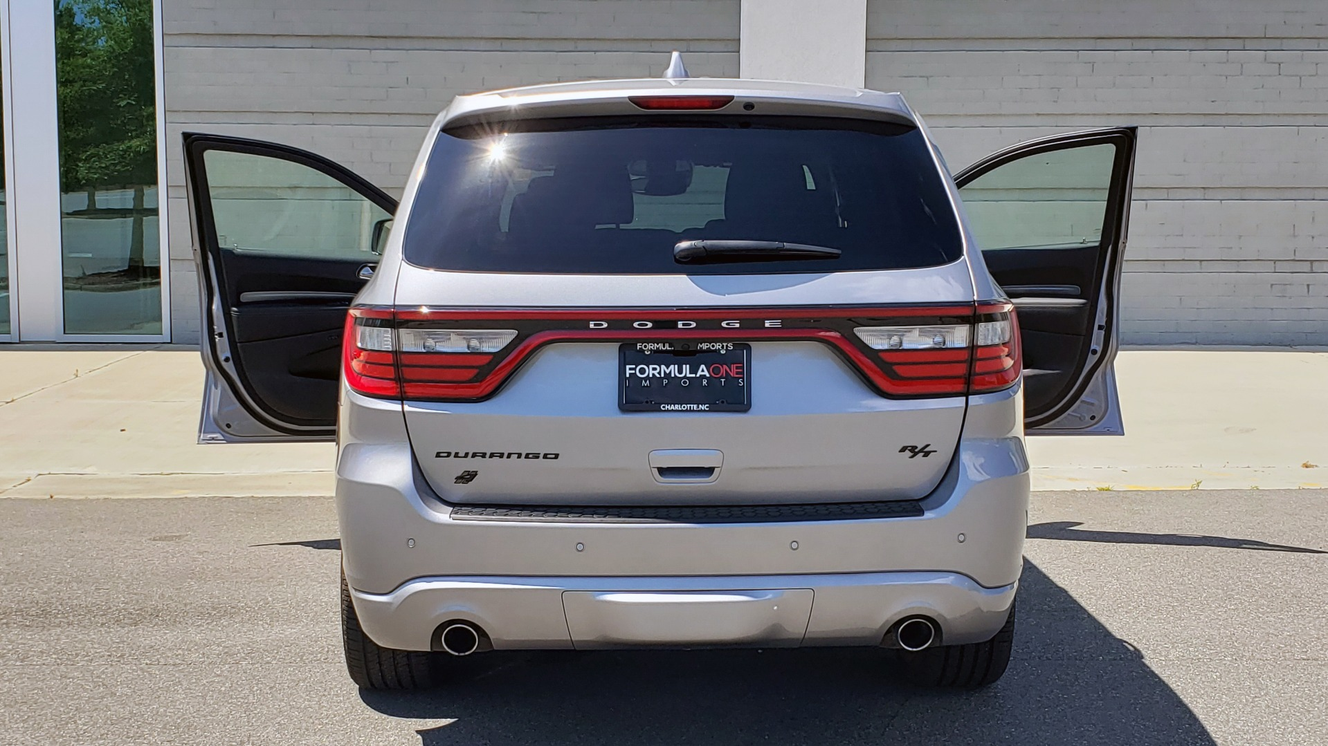 Used 2019 Dodge DURANGO R/T BLACKTOP AWD / TECH / ADAPT CRUS / TOW GROUP / SUNROOF / REARVIEW for sale Sold at Formula Imports in Charlotte NC 28227 31