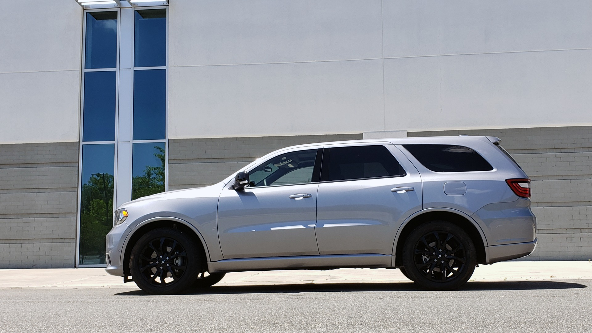 Used 2019 Dodge DURANGO R/T BLACKTOP AWD / TECH / ADAPT CRUS / TOW GROUP / SUNROOF / REARVIEW for sale Sold at Formula Imports in Charlotte NC 28227 6
