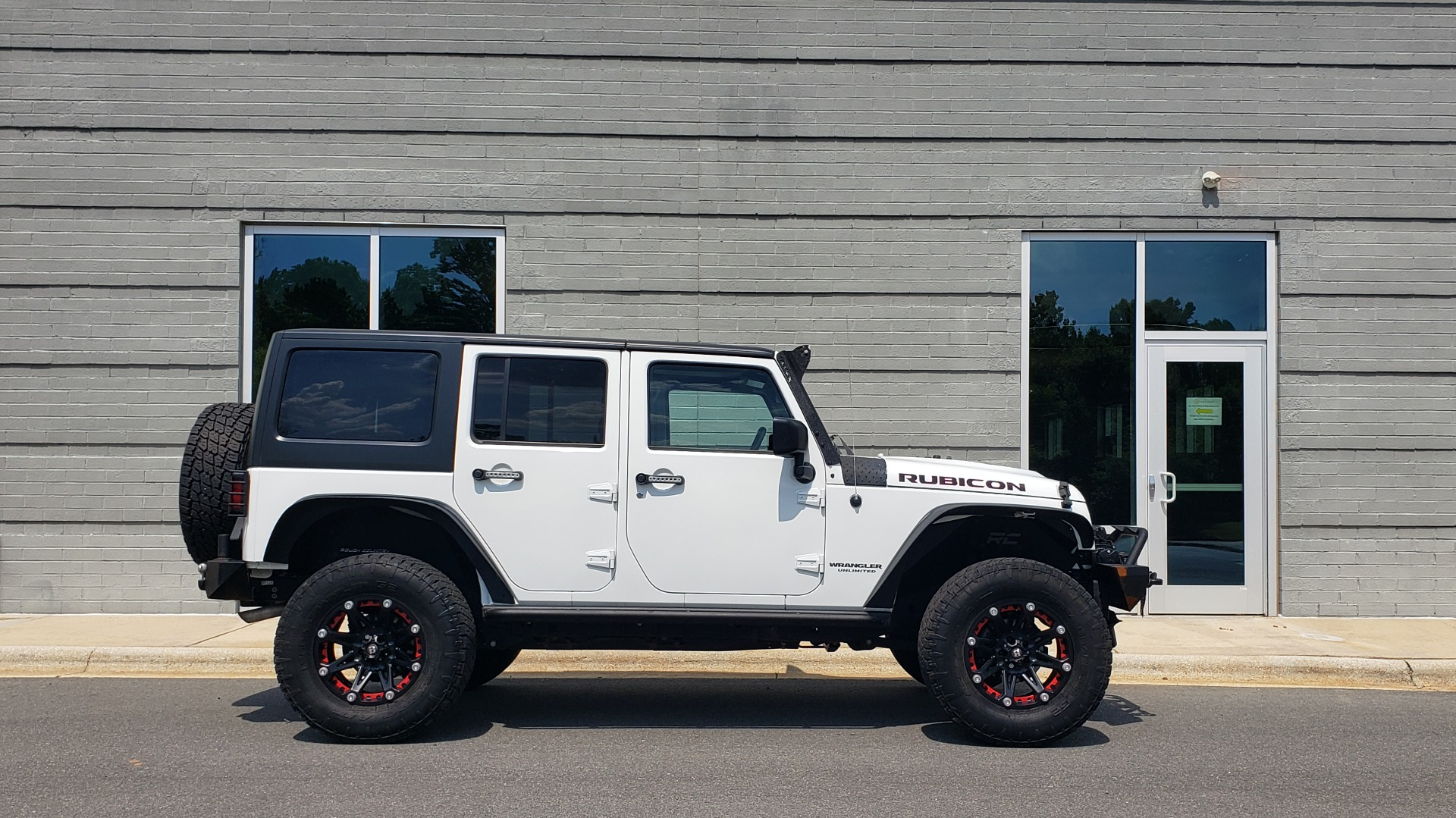 Used 2017 Jeep WRANGLER UNLIMITED RUBICON HARD ROCK 4X4 / 3.6L V6 / 5-SPD AUTO / NAV / REMOTE START for sale Sold at Formula Imports in Charlotte NC 28227 6