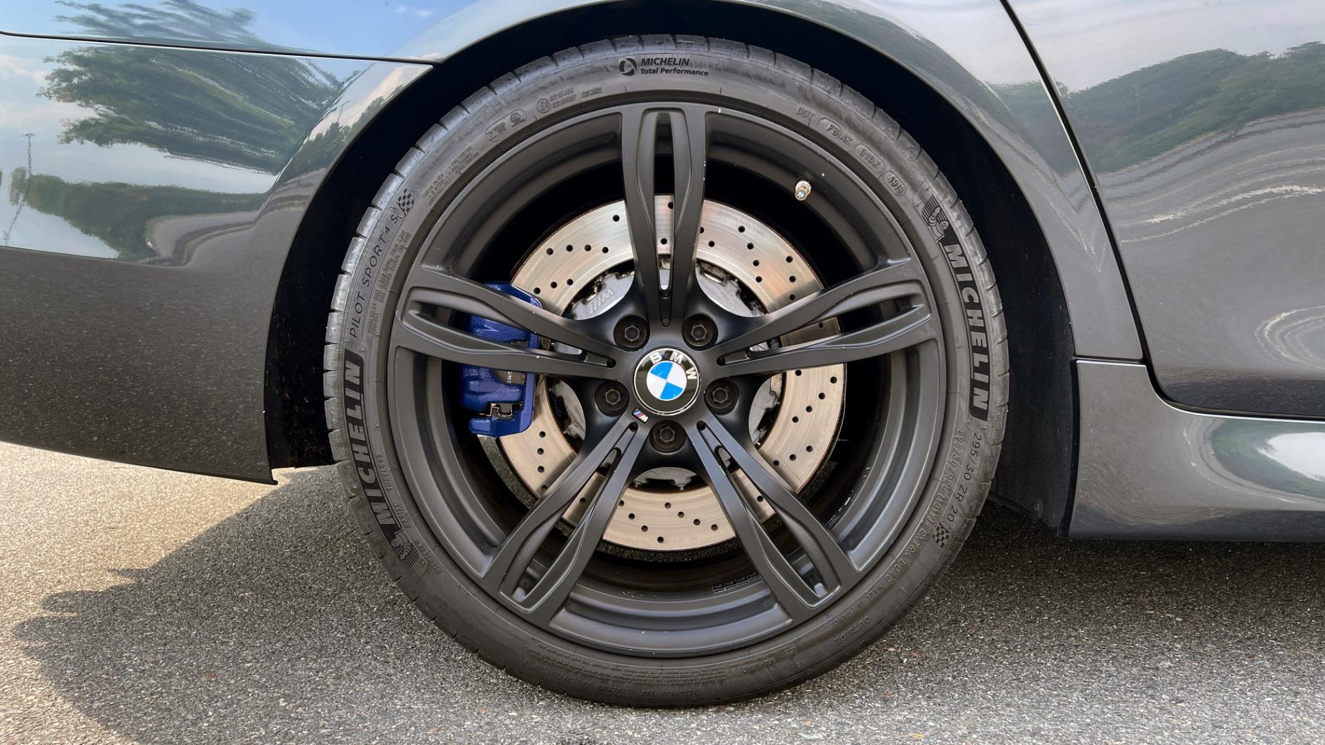 Used 2015 BMW M5 SEDAN / EXEC PKG / HUD / NAV / B&O SND / SUNROOF / REARVIEW for sale Sold at Formula Imports in Charlotte NC 28227 100