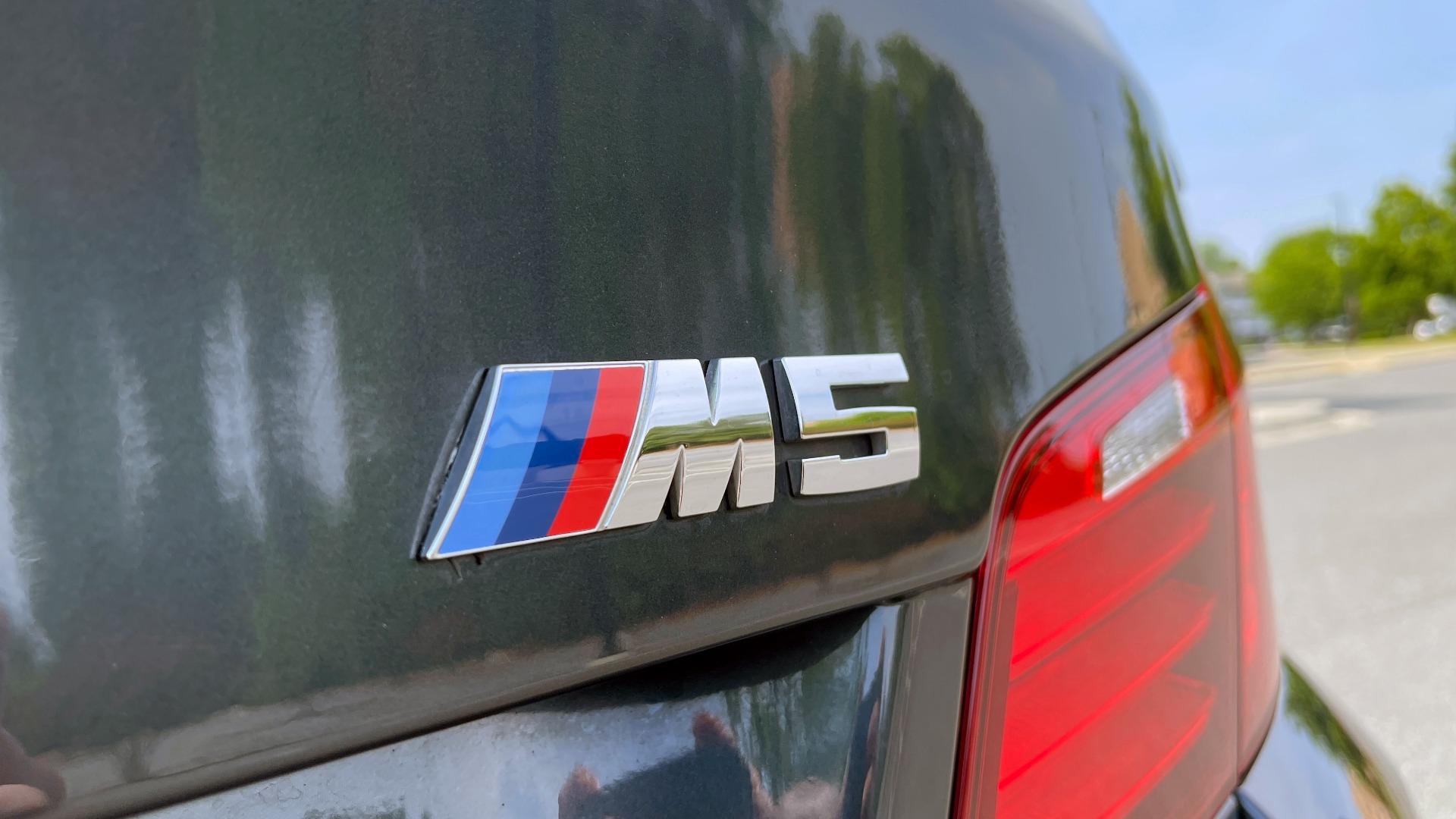 Used 2015 BMW M5 SEDAN / EXEC PKG / HUD / NAV / B&O SND / SUNROOF / REARVIEW for sale Sold at Formula Imports in Charlotte NC 28227 33