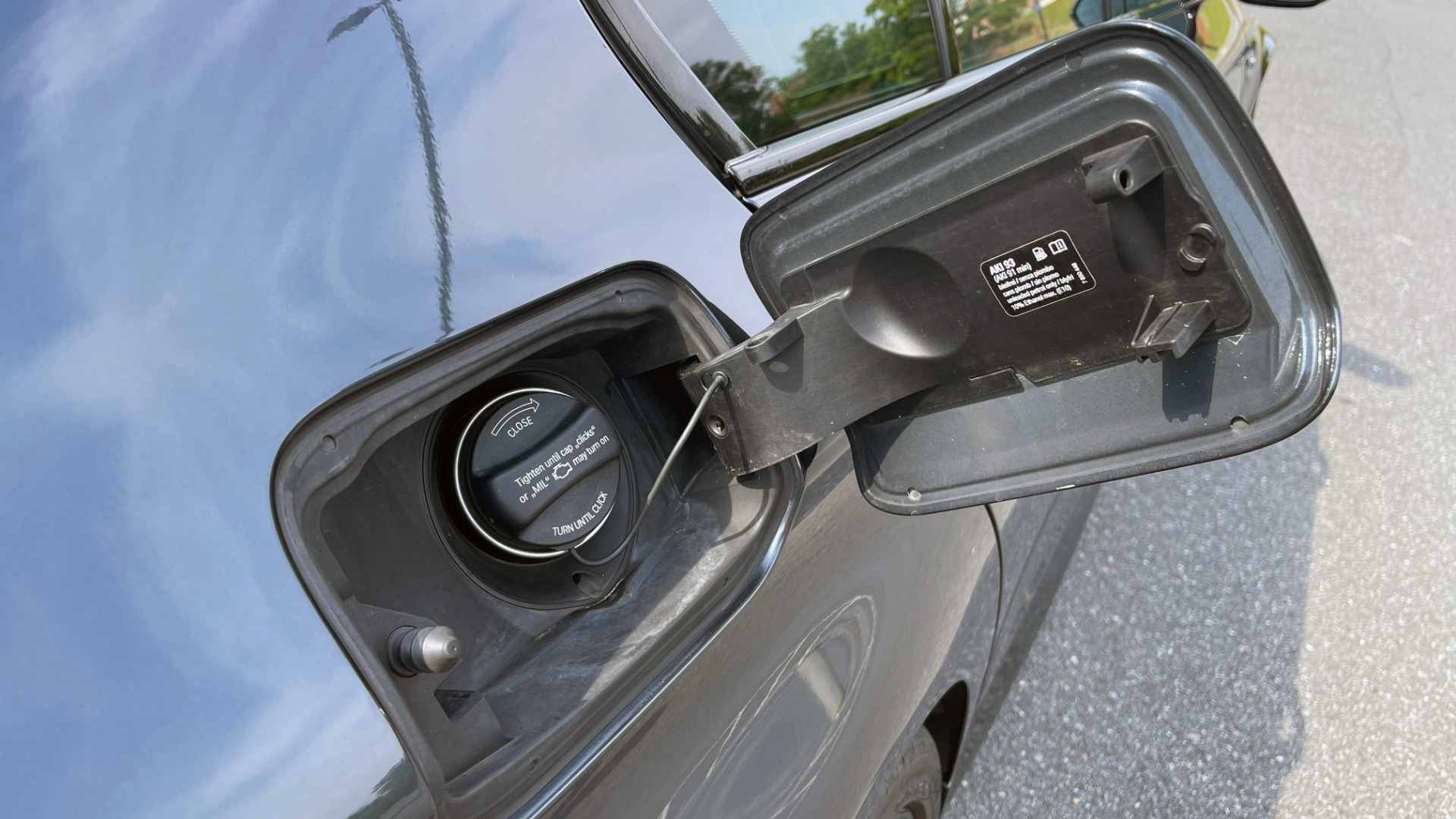 Used 2015 BMW M5 SEDAN / EXEC PKG / HUD / NAV / B&O SND / SUNROOF / REARVIEW for sale Sold at Formula Imports in Charlotte NC 28227 34