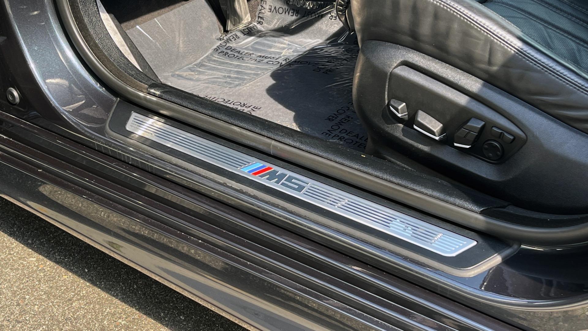 Used 2015 BMW M5 SEDAN / EXEC PKG / HUD / NAV / B&O SND / SUNROOF / REARVIEW for sale Sold at Formula Imports in Charlotte NC 28227 39