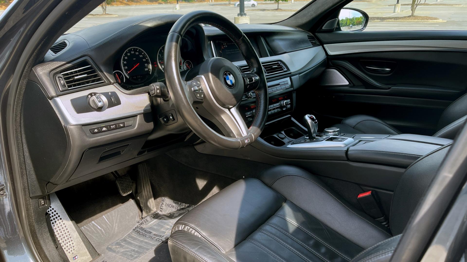 Used 2015 BMW M5 SEDAN / EXEC PKG / HUD / NAV / B&O SND / SUNROOF / REARVIEW for sale Sold at Formula Imports in Charlotte NC 28227 45