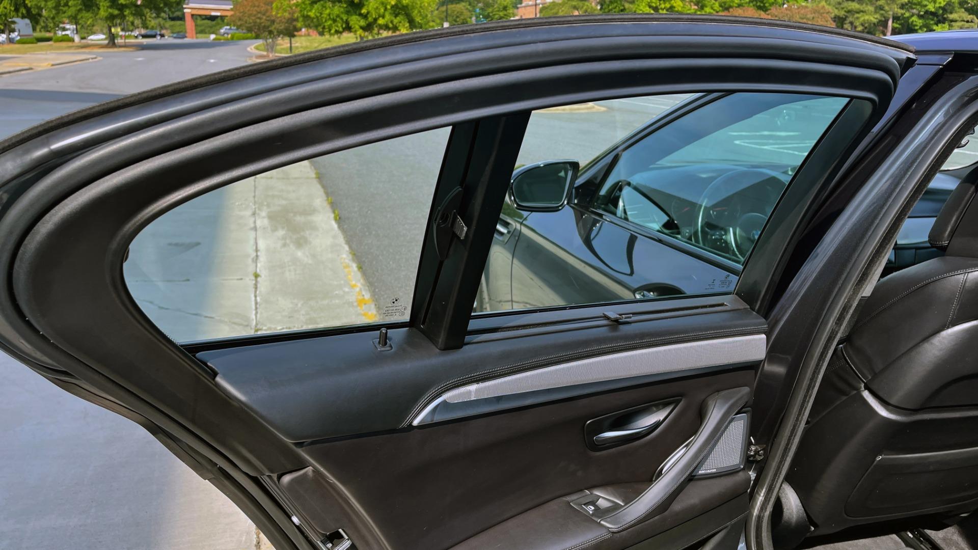Used 2015 BMW M5 SEDAN / EXEC PKG / HUD / NAV / B&O SND / SUNROOF / REARVIEW for sale Sold at Formula Imports in Charlotte NC 28227 74