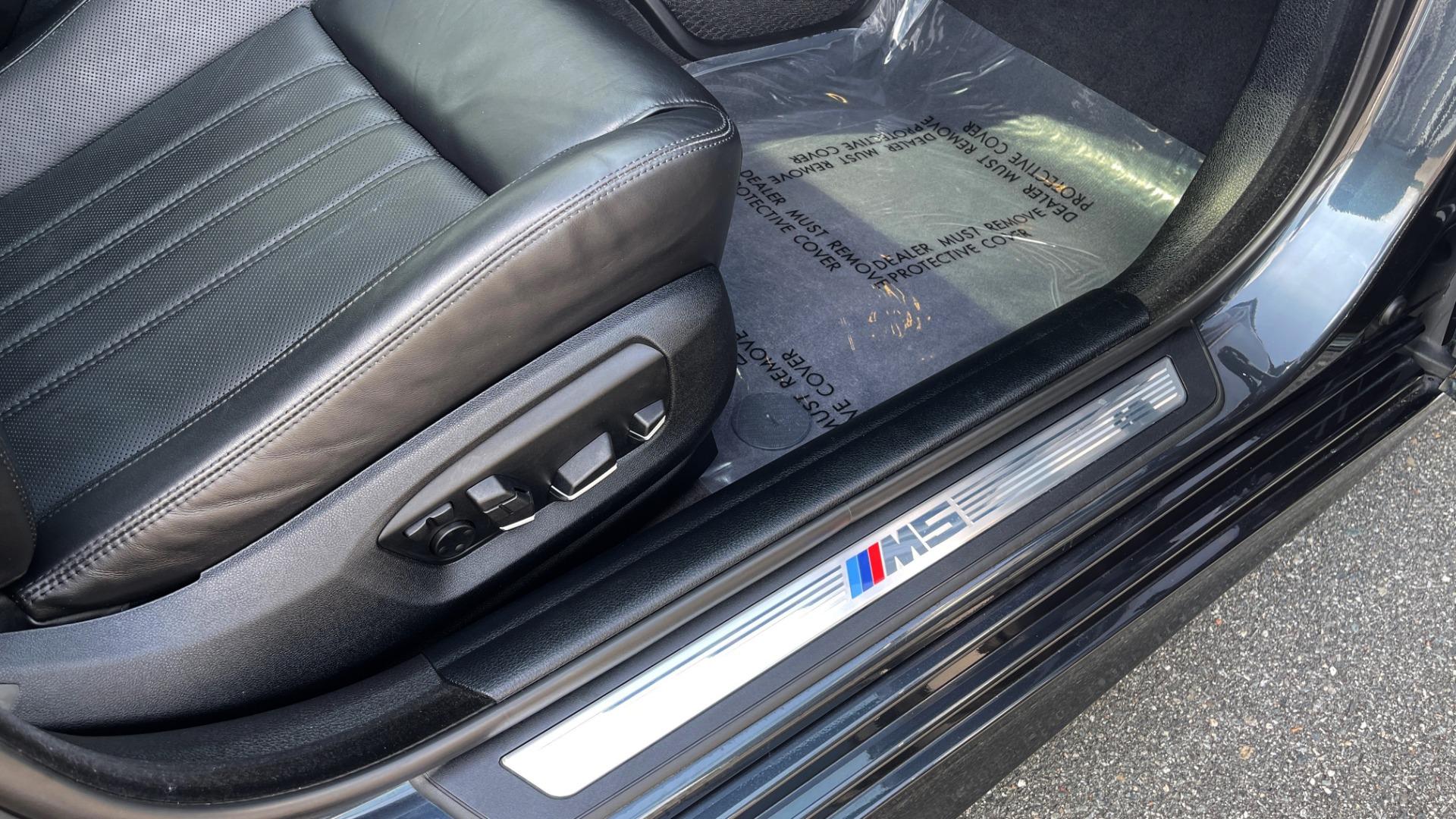 Used 2015 BMW M5 SEDAN / EXEC PKG / HUD / NAV / B&O SND / SUNROOF / REARVIEW for sale Sold at Formula Imports in Charlotte NC 28227 91