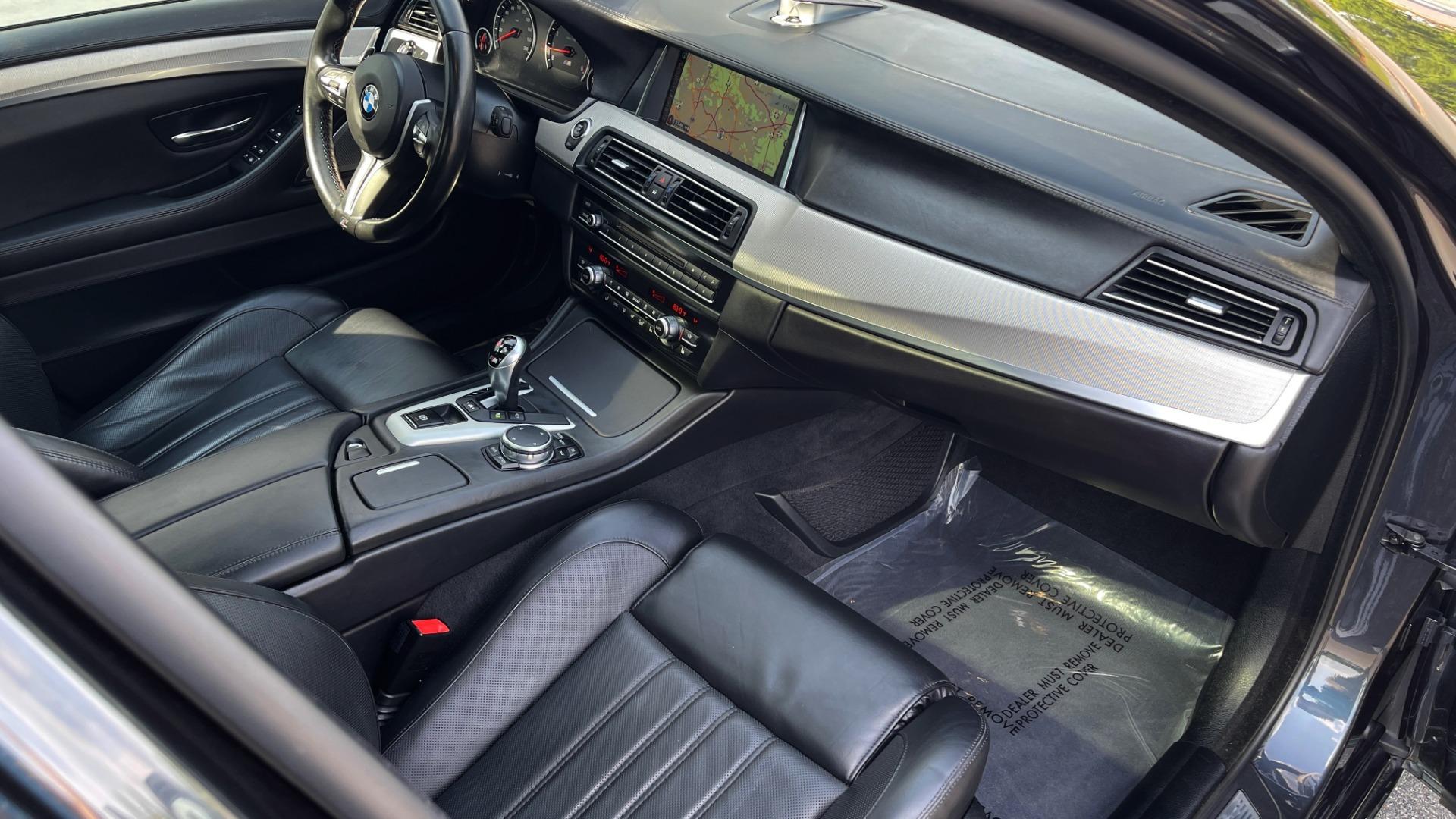 Used 2015 BMW M5 SEDAN / EXEC PKG / HUD / NAV / B&O SND / SUNROOF / REARVIEW for sale Sold at Formula Imports in Charlotte NC 28227 93