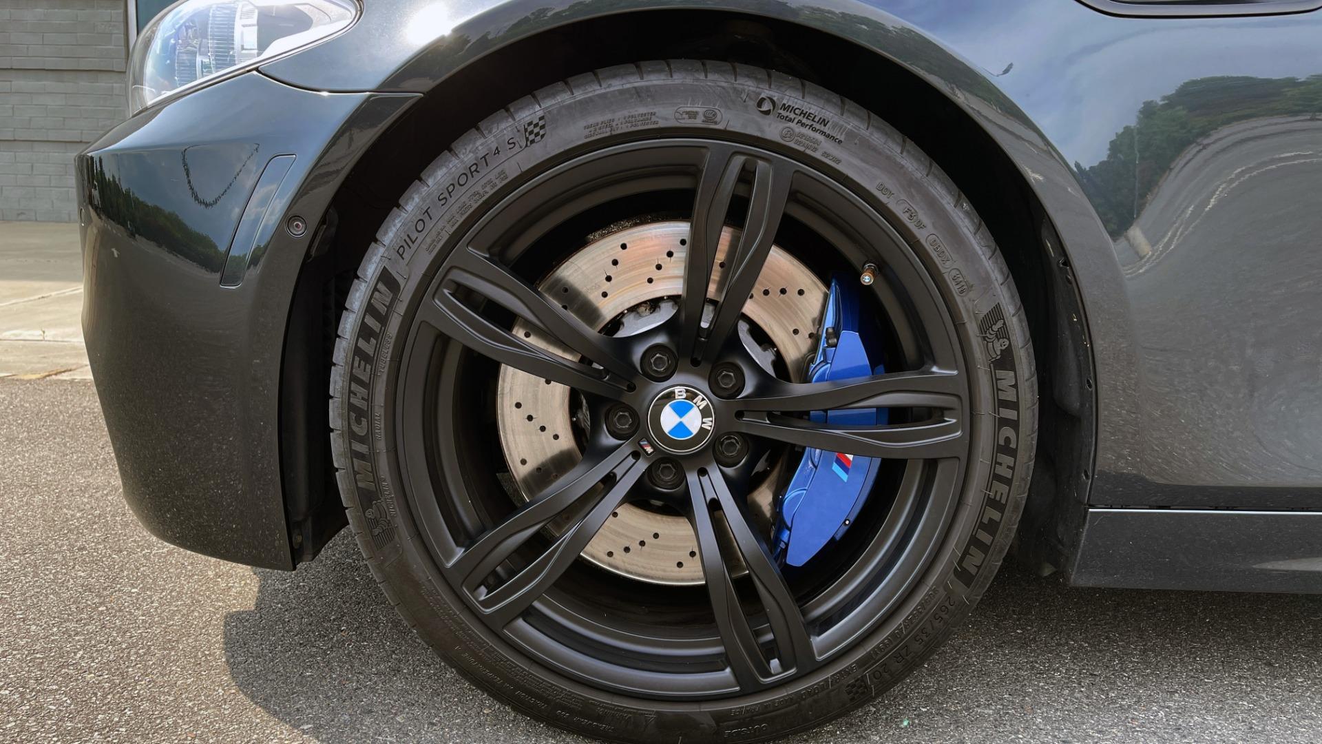 Used 2015 BMW M5 SEDAN / EXEC PKG / HUD / NAV / B&O SND / SUNROOF / REARVIEW for sale Sold at Formula Imports in Charlotte NC 28227 98