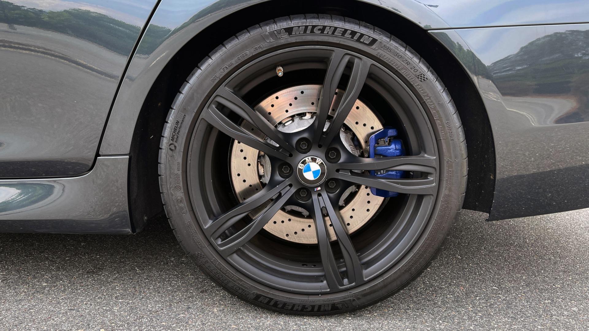 Used 2015 BMW M5 SEDAN / EXEC PKG / HUD / NAV / B&O SND / SUNROOF / REARVIEW for sale Sold at Formula Imports in Charlotte NC 28227 99