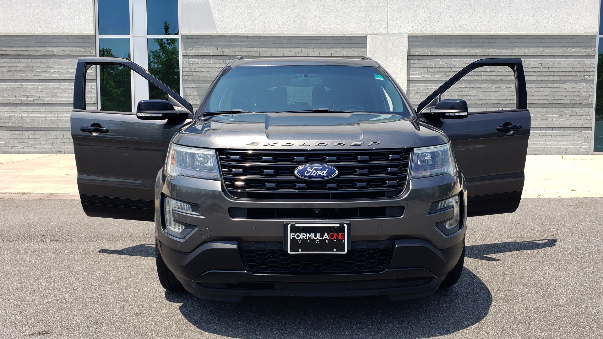Used 2016 Ford EXPLORER SPORT 4WD / 3.5L ECOBOOST / 6-SPD AUTO / BSM / REARVIEW for sale Sold at Formula Imports in Charlotte NC 28227 20