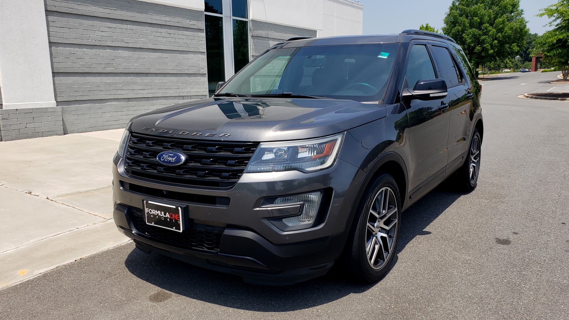 Used 2016 Ford EXPLORER SPORT 4WD / 3.5L ECOBOOST / 6-SPD AUTO / BSM / REARVIEW for sale Sold at Formula Imports in Charlotte NC 28227 3