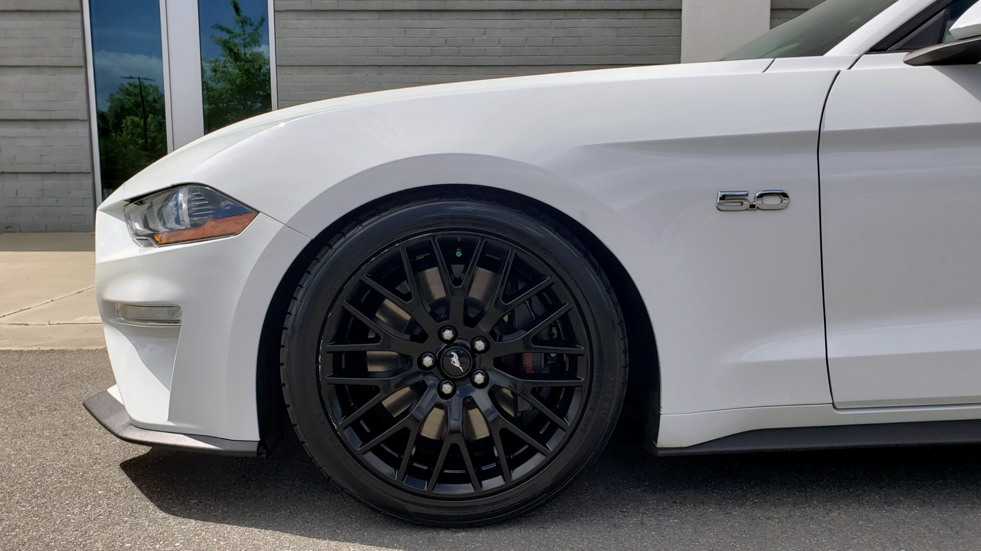 Used 2018 Ford MUSTANG GT COUPE / 5.0L V8 / AUTO / PERF PKG / REARVIEW / 19IN WHLS for sale Sold at Formula Imports in Charlotte NC 28227 67