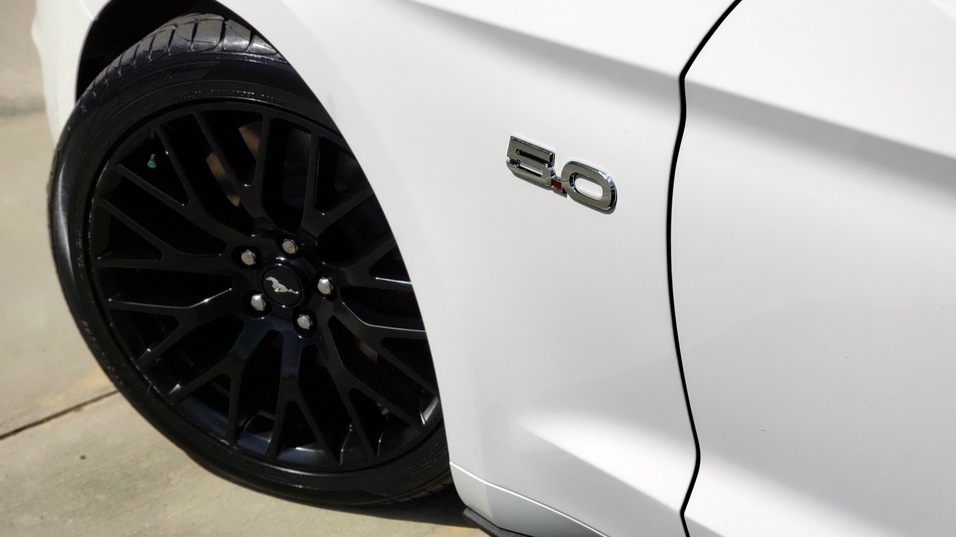 Used 2018 Ford MUSTANG GT COUPE / 5.0L V8 / AUTO / PERF PKG / REARVIEW / 19IN WHLS for sale Sold at Formula Imports in Charlotte NC 28227 75