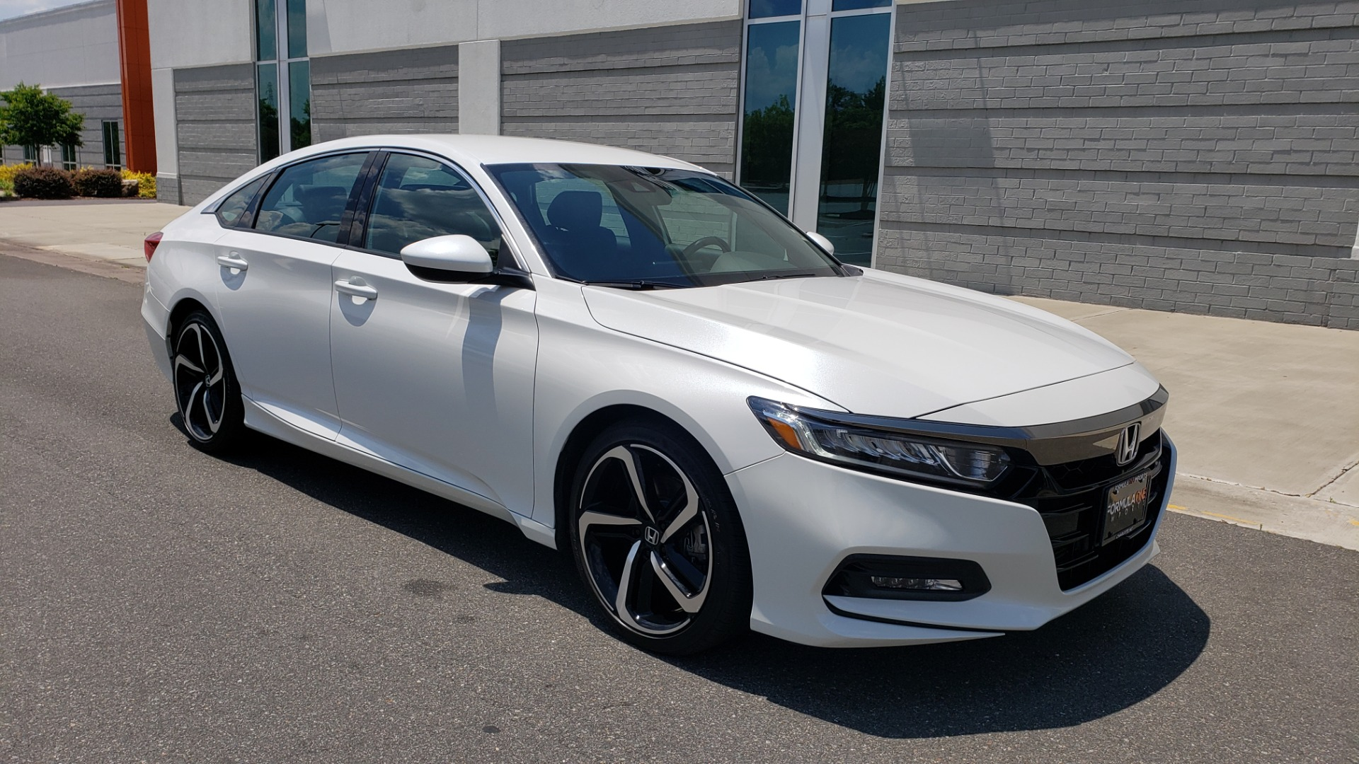 Used 2018 Honda ACCORD SEDAN SPORT 1.5T / CVT TRANS / FWD / 19IN WHEELS for sale $20,995 at Formula Imports in Charlotte NC 28227 11