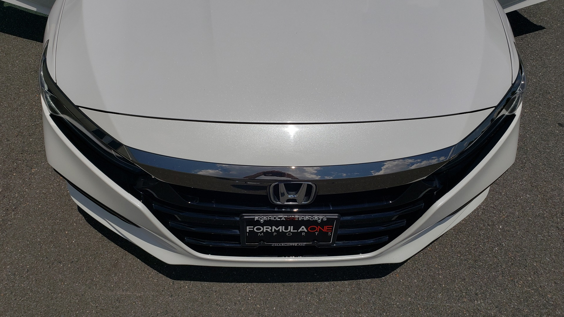 Used 2018 Honda ACCORD SEDAN SPORT 1.5T / CVT TRANS / FWD / 19IN WHEELS for sale $20,995 at Formula Imports in Charlotte NC 28227 19