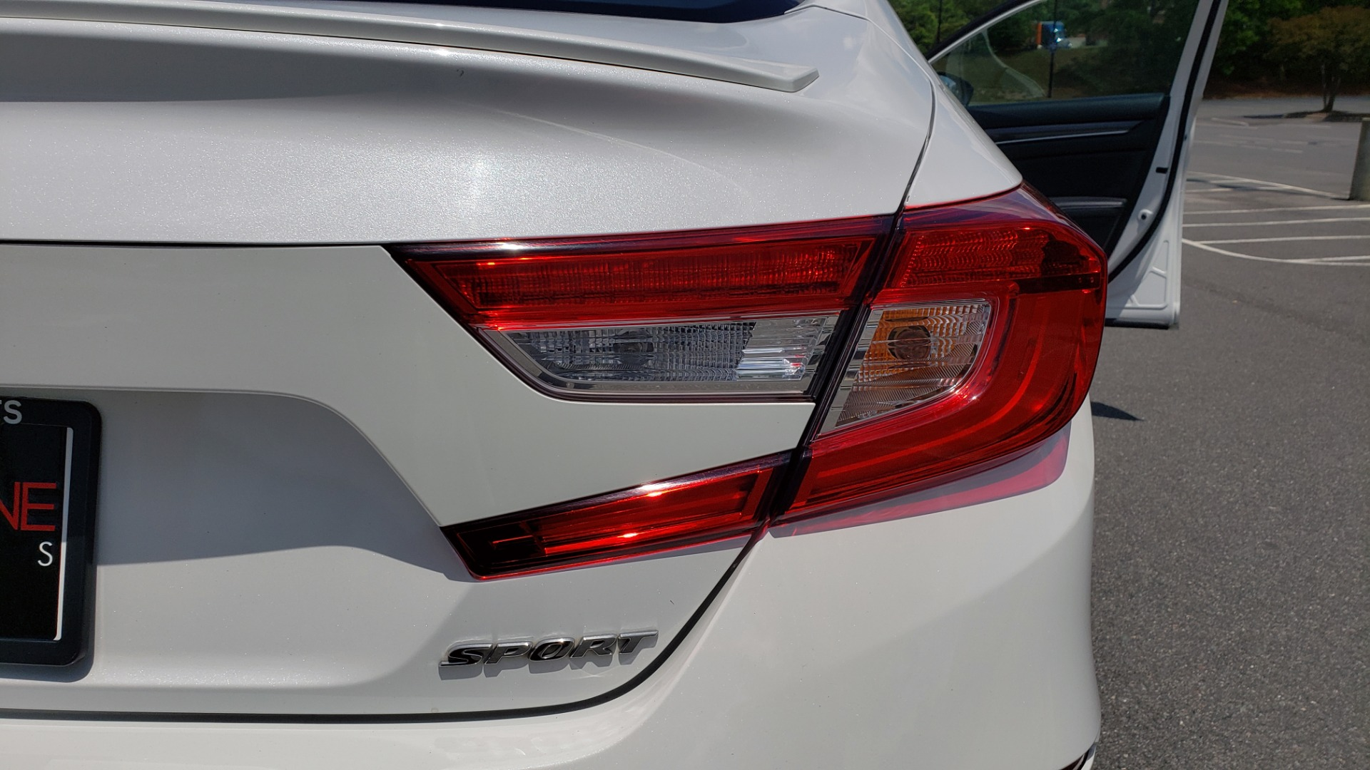 Used 2018 Honda ACCORD SEDAN SPORT 1.5T / CVT TRANS / FWD / 19IN WHEELS for sale $20,995 at Formula Imports in Charlotte NC 28227 24
