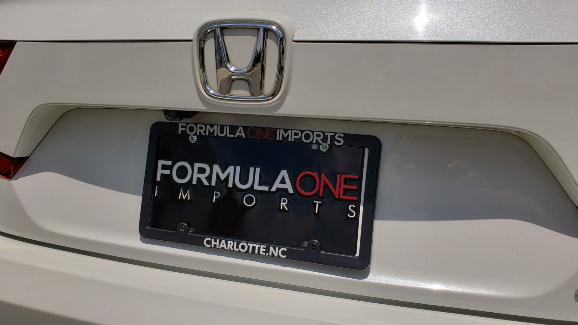 Used 2018 Honda ACCORD SEDAN SPORT 1.5T / CVT TRANS / FWD / 19IN WHEELS for sale $20,995 at Formula Imports in Charlotte NC 28227 25
