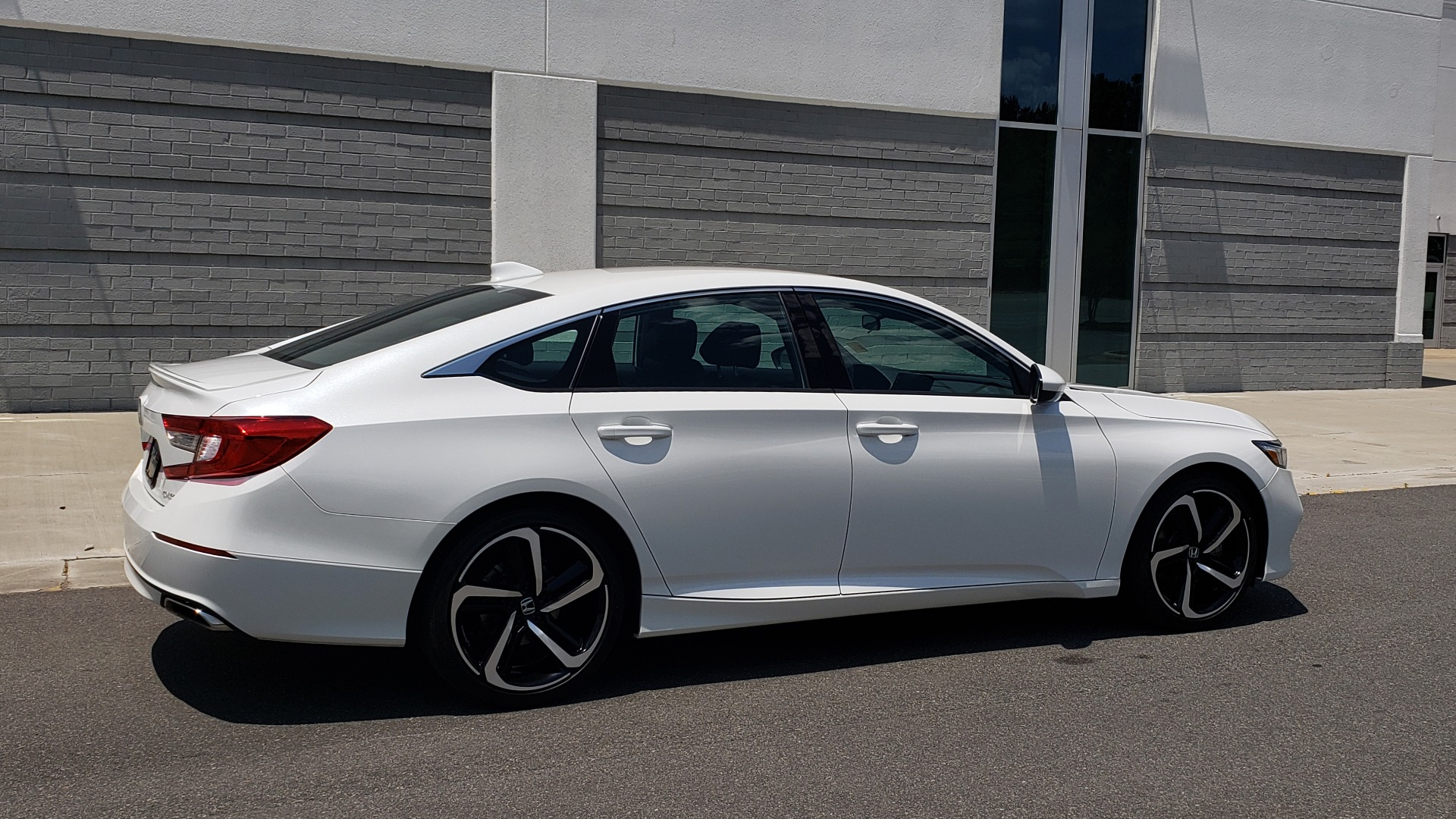 Used 2018 Honda ACCORD SEDAN SPORT 1.5T / CVT TRANS / FWD / 19IN WHEELS for sale $20,995 at Formula Imports in Charlotte NC 28227 9