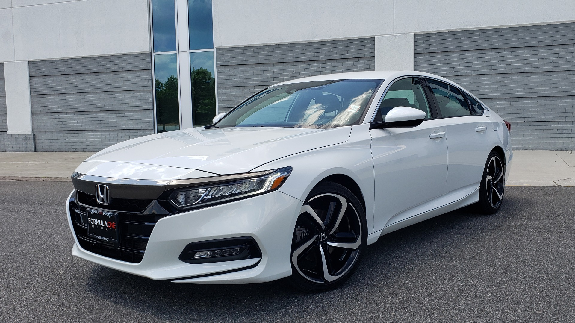 Used 2018 Honda ACCORD SEDAN SPORT 1.5T / CVT TRANS / FWD / 19IN WHEELS for sale $20,995 at Formula Imports in Charlotte NC 28227 1