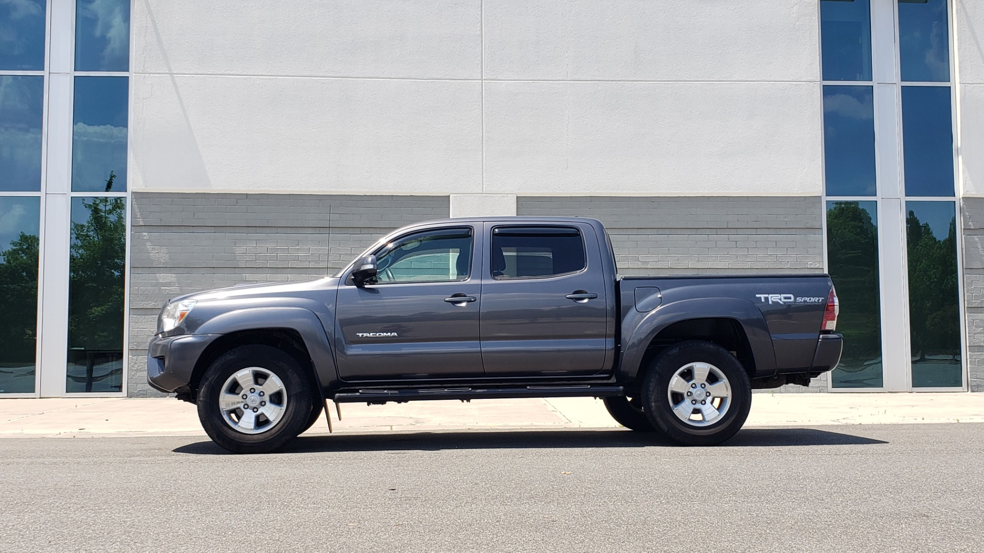 Used 2014 Toyota TACOMA PRERUNNER DOUBLECAB / TRD SPORT / V6 / 5-SPD AUTO / TOW PKG for sale $21,595 at Formula Imports in Charlotte NC 28227 2