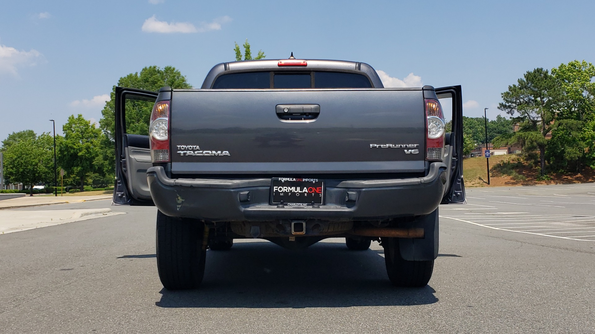 Used 2014 Toyota TACOMA PRERUNNER DOUBLECAB / TRD SPORT / V6 / 5-SPD AUTO / TOW PKG for sale $21,595 at Formula Imports in Charlotte NC 28227 26