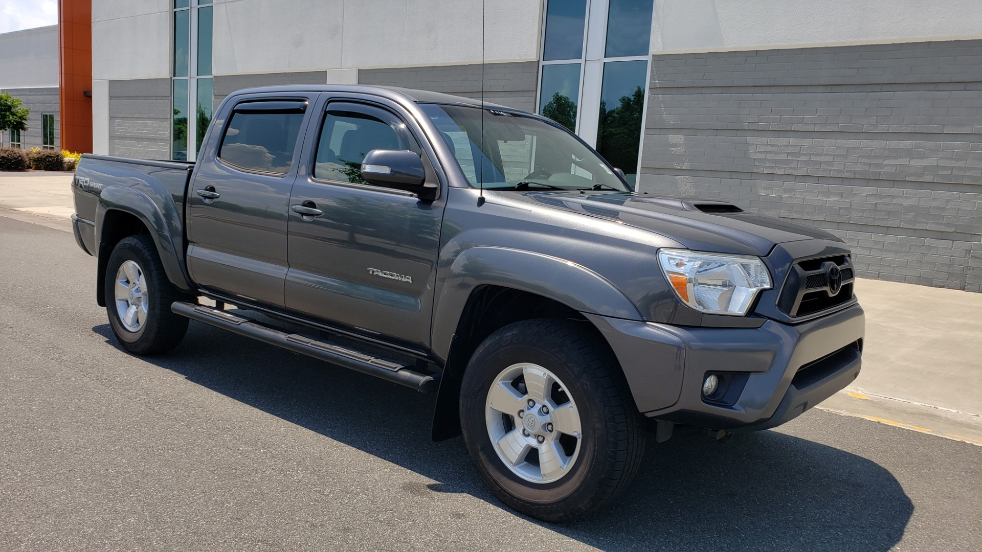 Used 2014 Toyota TACOMA PRERUNNER DOUBLECAB / TRD SPORT / V6 / 5-SPD AUTO / TOW PKG for sale $21,595 at Formula Imports in Charlotte NC 28227 4