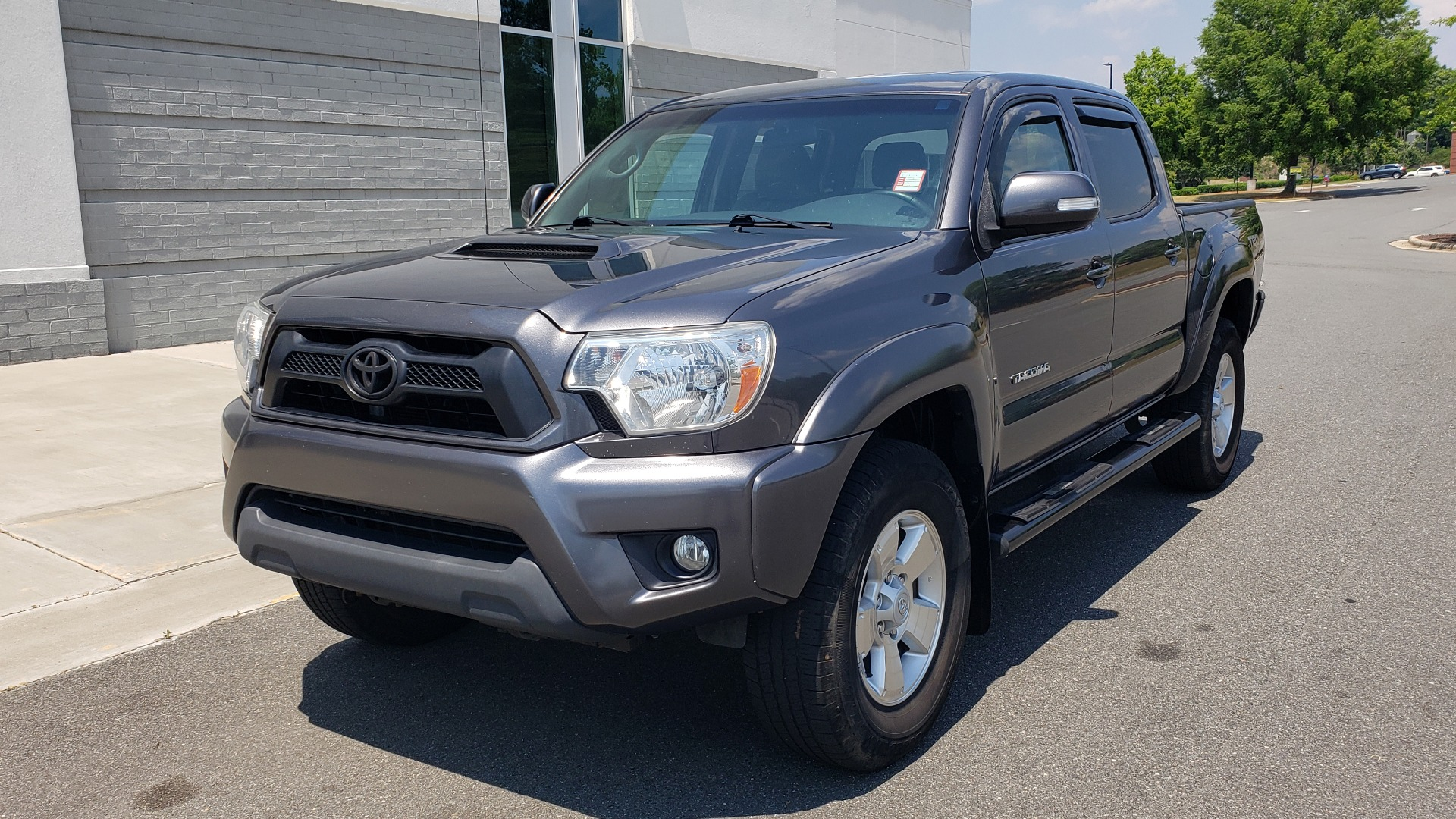 Used 2014 Toyota TACOMA PRERUNNER DOUBLECAB / TRD SPORT / V6 / 5-SPD AUTO / TOW PKG for sale $21,595 at Formula Imports in Charlotte NC 28227 1