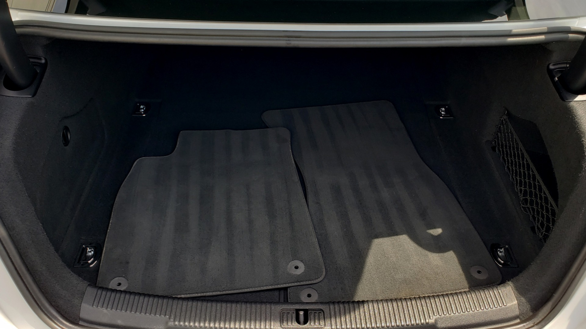 Used 2017 Audi A6 PRESTIGE SEDAN 3.0T / NAV / SUNROOF / BLACK OPTIC / CLD WTHR / REARVIEW for sale $30,797 at Formula Imports in Charlotte NC 28227 18