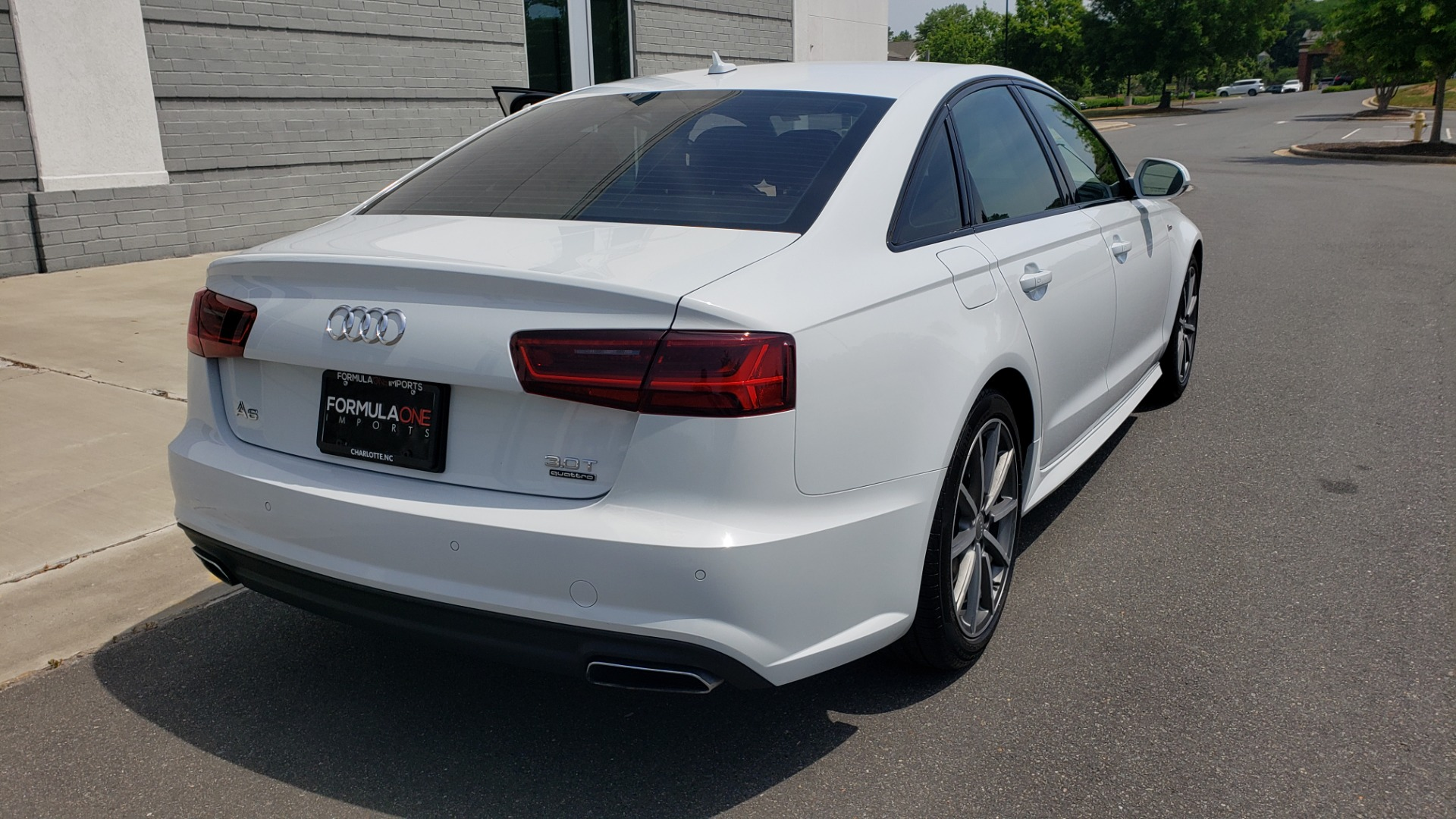 Used 2017 Audi A6 PRESTIGE SEDAN 3.0T / NAV / SUNROOF / BLACK OPTIC / CLD WTHR / REARVIEW for sale $30,797 at Formula Imports in Charlotte NC 28227 2
