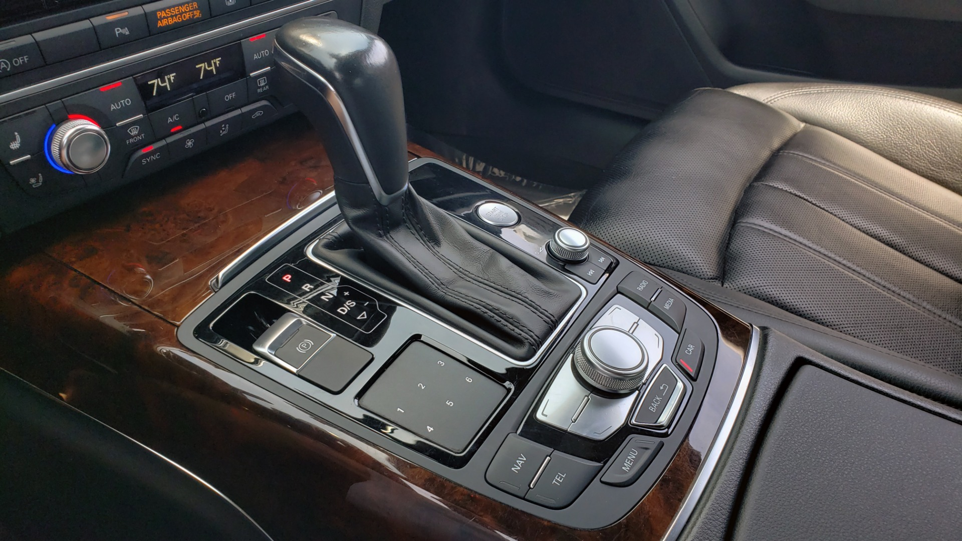 Used 2017 Audi A6 PRESTIGE SEDAN 3.0T / NAV / SUNROOF / BLACK OPTIC / CLD WTHR / REARVIEW for sale $30,797 at Formula Imports in Charlotte NC 28227 52
