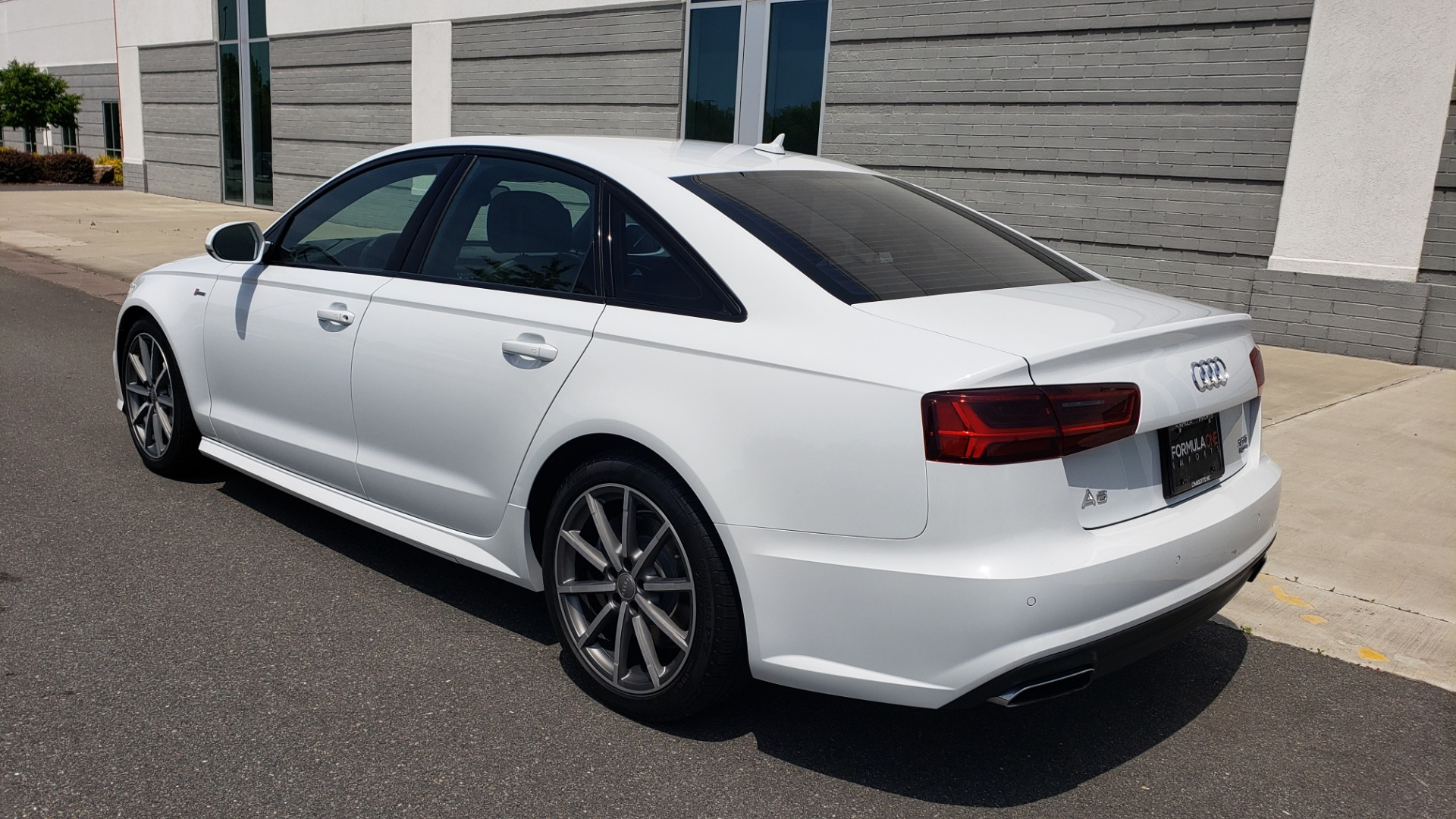 Used 2017 Audi A6 PRESTIGE SEDAN 3.0T / NAV / SUNROOF / BLACK OPTIC / CLD WTHR / REARVIEW for sale $30,797 at Formula Imports in Charlotte NC 28227 6