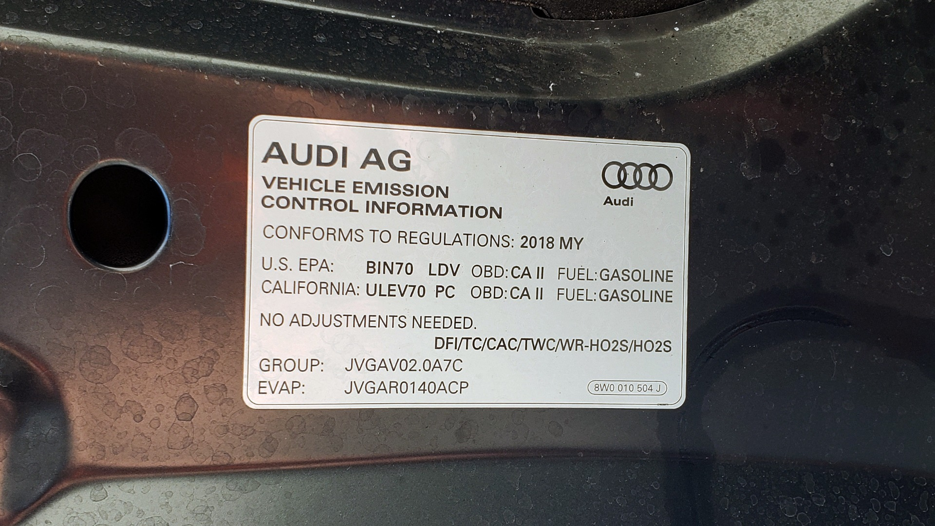 Used 2018 Audi A4 TECH PREMIUM PLUS / NAV / B&O SND / SUNROOF / CLD WTHR / REARVIEW for sale $28,595 at Formula Imports in Charlotte NC 28227 15