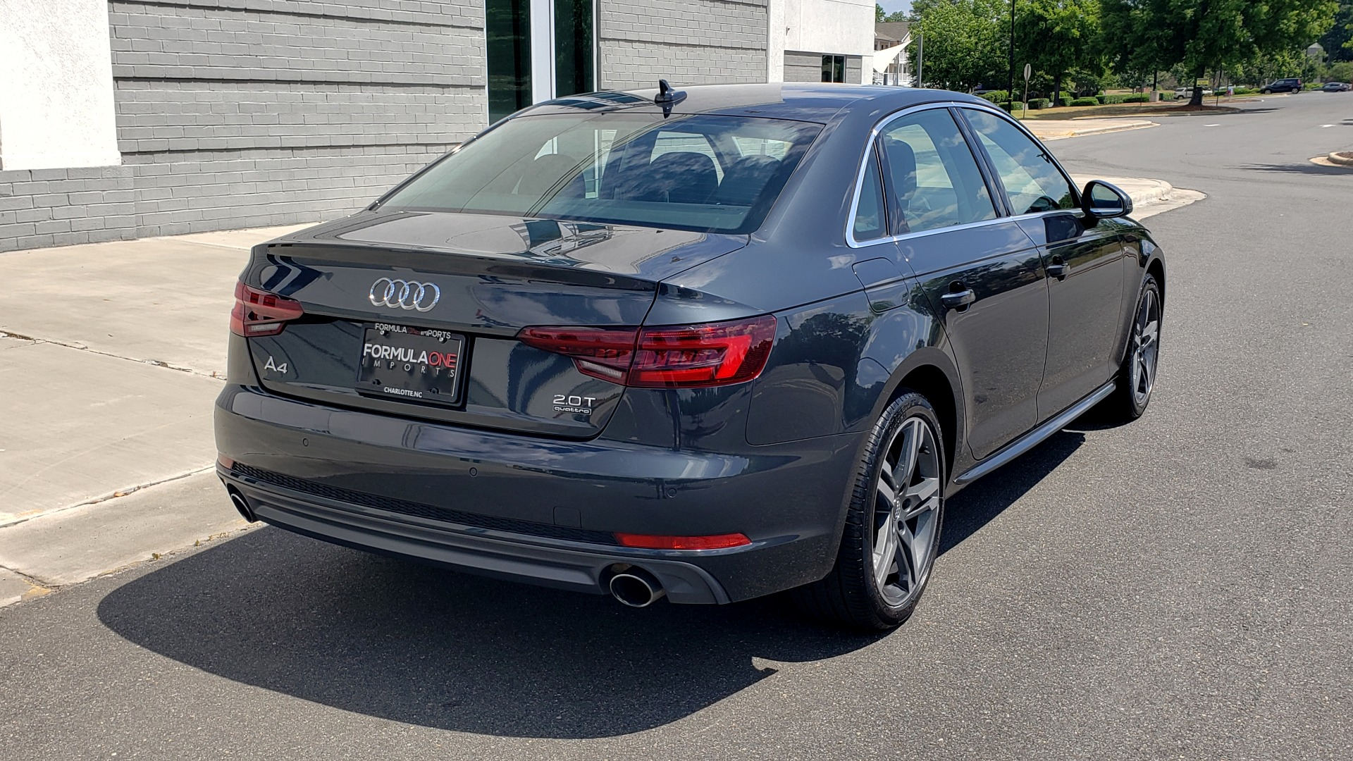 Used 2018 Audi A4 TECH PREMIUM PLUS / NAV / B&O SND / SUNROOF / CLD WTHR / REARVIEW for sale $28,595 at Formula Imports in Charlotte NC 28227 2