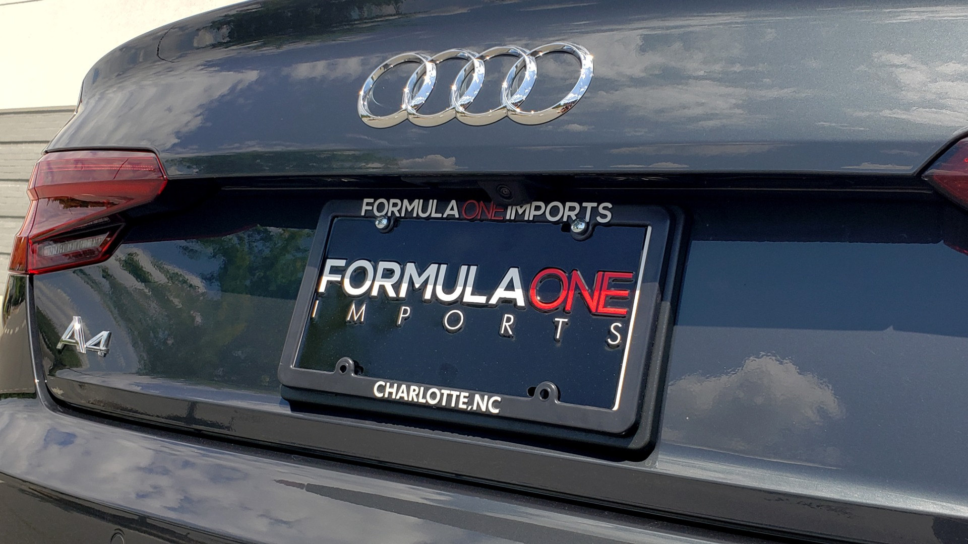 Used 2018 Audi A4 TECH PREMIUM PLUS / NAV / B&O SND / SUNROOF / CLD WTHR / REARVIEW for sale $28,595 at Formula Imports in Charlotte NC 28227 29