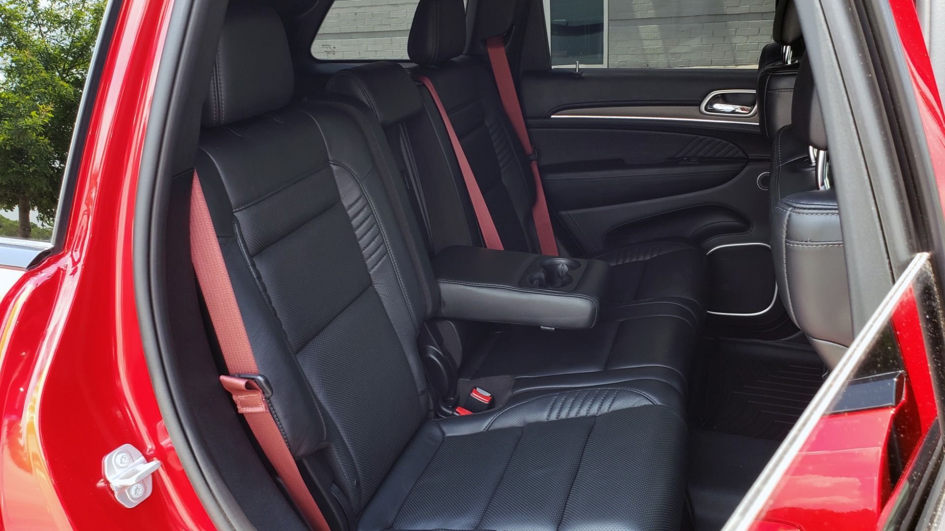 Used 2018 Jeep GRAND CHEROKEE SRT 4X4 / 6.4L HEMI (475HP) / NAV / SUNROOF / H/K SND / REARVIEW for sale Sold at Formula Imports in Charlotte NC 28227 82