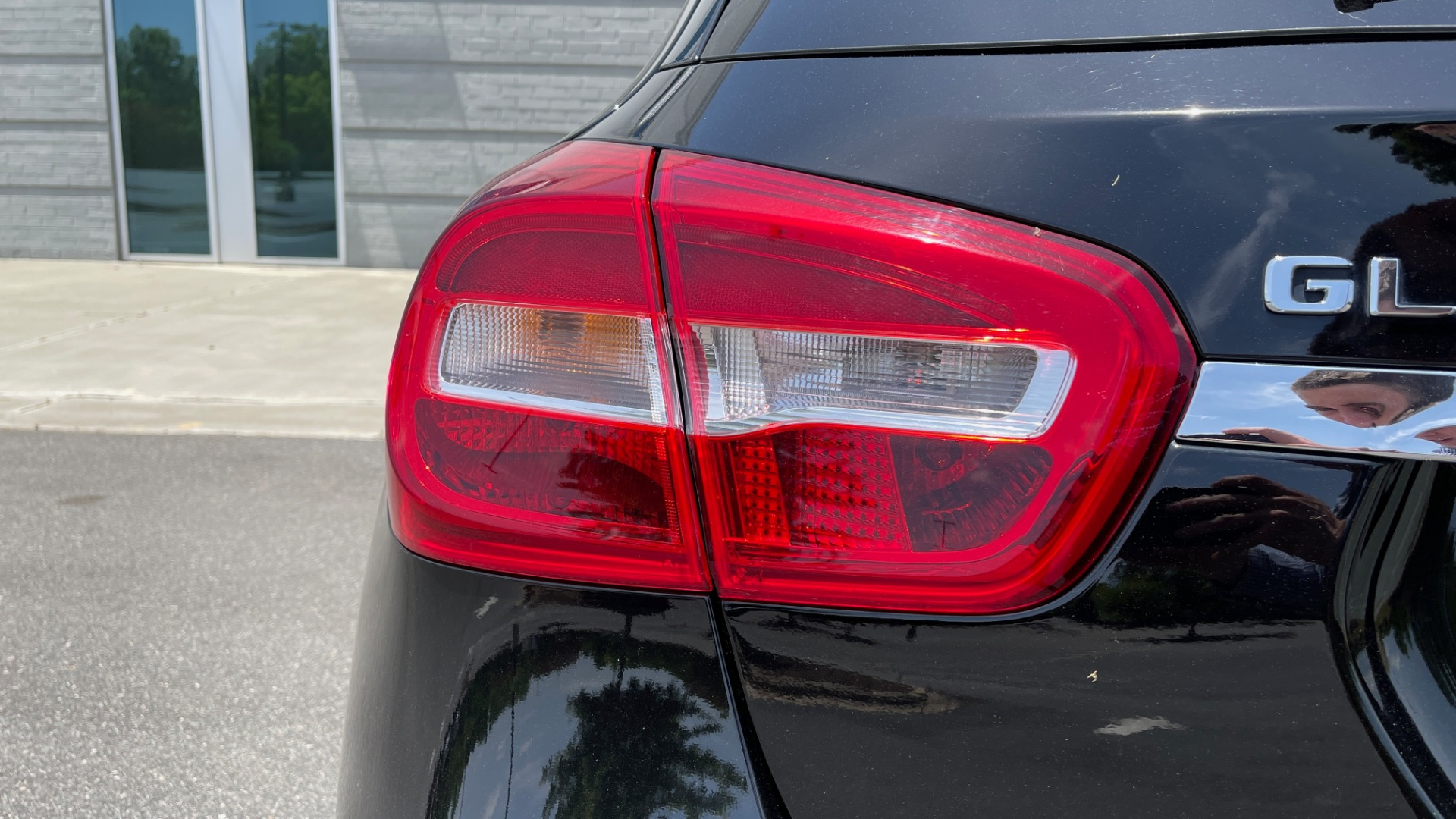Used 2018 Mercedes-Benz GLA 250 4MATIC SUV / PANO-ROOF / HTD STS / BLIND SPOT ASST / APPLE for sale $31,995 at Formula Imports in Charlotte NC 28227 23