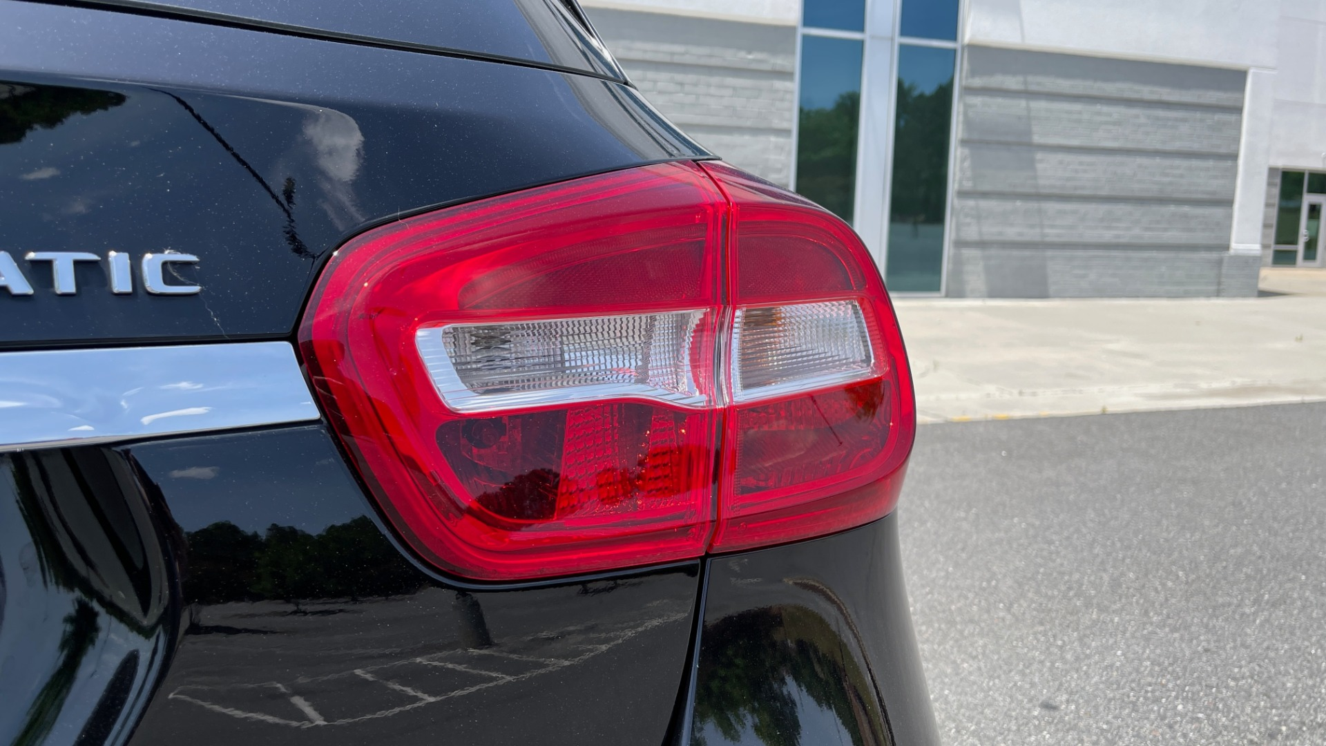Used 2018 Mercedes-Benz GLA 250 4MATIC SUV / PANO-ROOF / HTD STS / BLIND SPOT ASST / APPLE for sale $31,995 at Formula Imports in Charlotte NC 28227 24