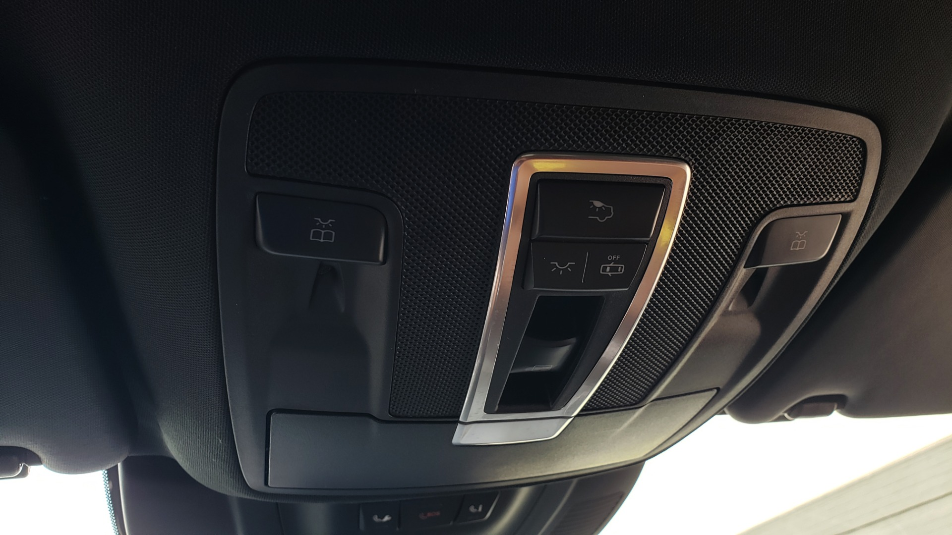 Used 2017 Mercedes-Benz GLS 550 4MATIC / NAV / DRVR ASST / SUNROOF / NIGHT PKG / REARVIEW for sale Call for price at Formula Imports in Charlotte NC 28227 39