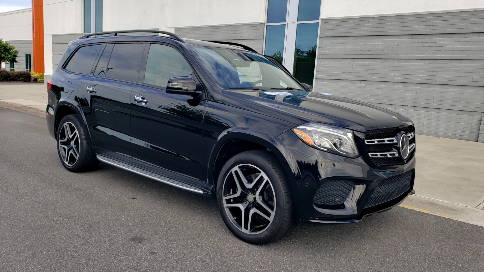Used 2017 Mercedes-Benz GLS 550 4MATIC / NAV / DRVR ASST / SUNROOF / NIGHT PKG / REARVIEW for sale Call for price at Formula Imports in Charlotte NC 28227 40