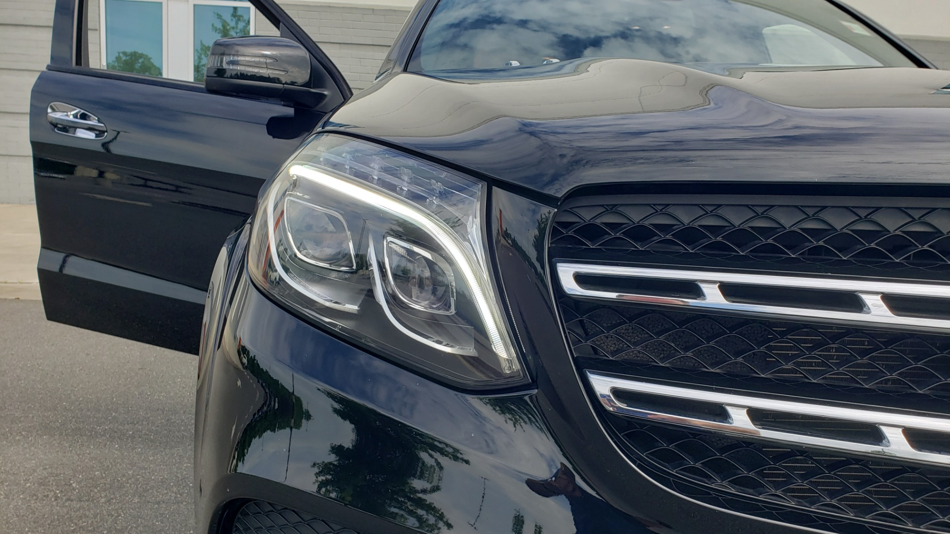 Used 2017 Mercedes-Benz GLS 550 4MATIC / NAV / DRVR ASST / SUNROOF / NIGHT PKG / REARVIEW for sale Call for price at Formula Imports in Charlotte NC 28227 54