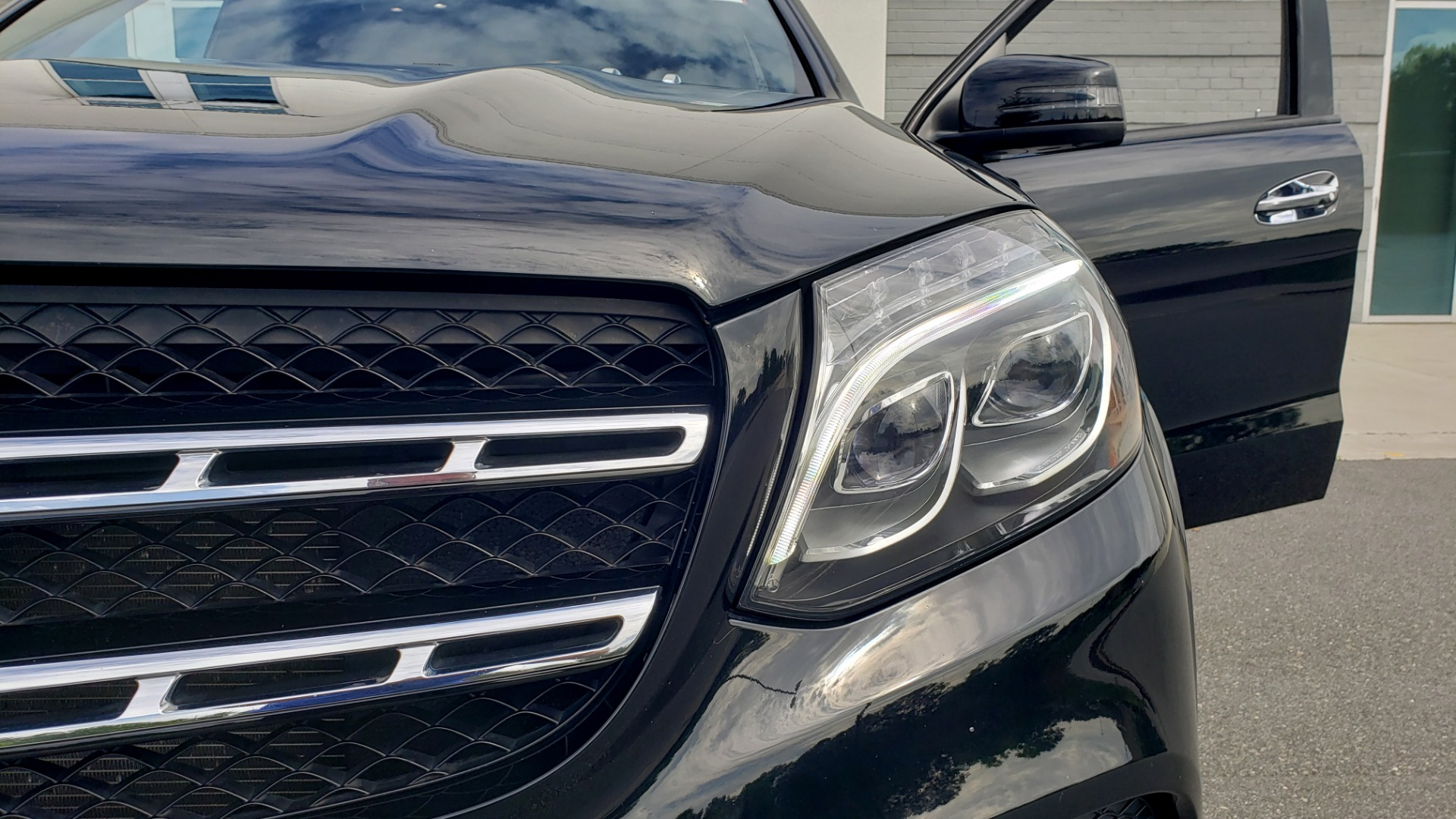 Used 2017 Mercedes-Benz GLS 550 4MATIC / NAV / DRVR ASST / SUNROOF / NIGHT PKG / REARVIEW for sale Call for price at Formula Imports in Charlotte NC 28227 55