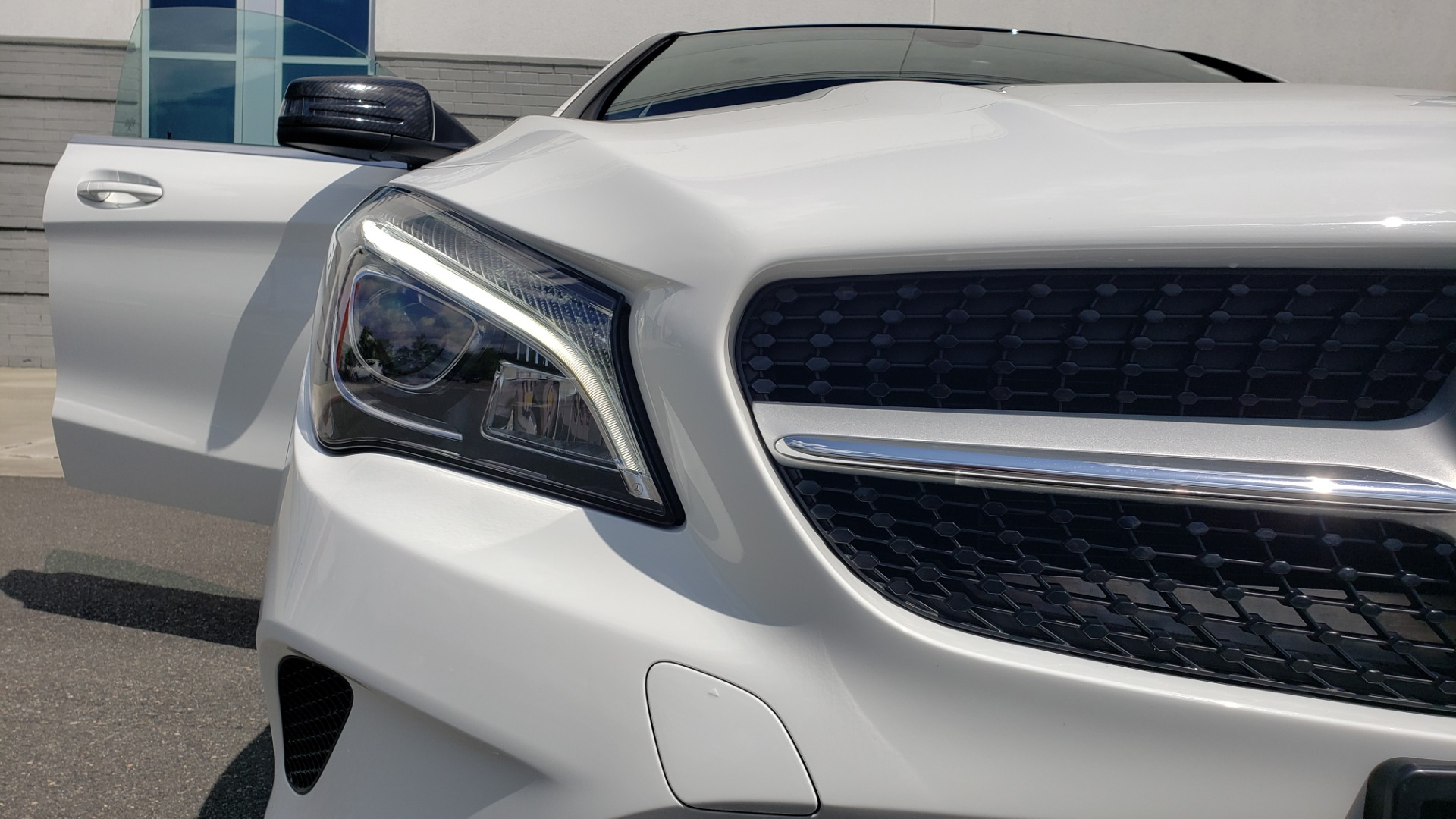 Used 2018 Mercedes-Benz CLA 250 4MATIC COUPE / PREMIUM / PANO-ROOF / APPLE / REARVIEW for sale Sold at Formula Imports in Charlotte NC 28227 24