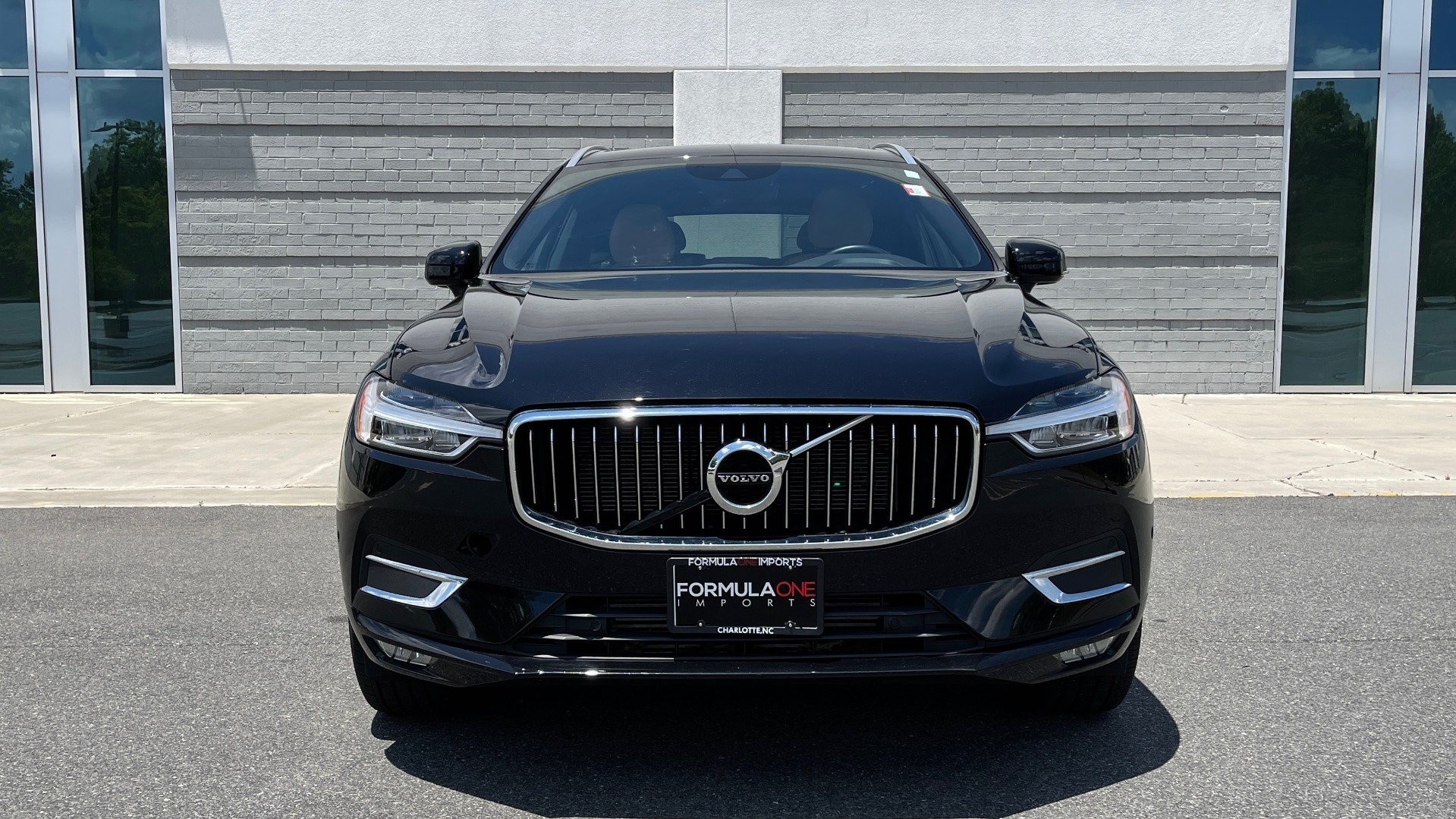 Used 2018 Volvo XC60 INSCRIPTION 2.0L TURBO SUV / AWD / NAV / SUNROOF / REARVIEW for sale $38,795 at Formula Imports in Charlotte NC 28227 15