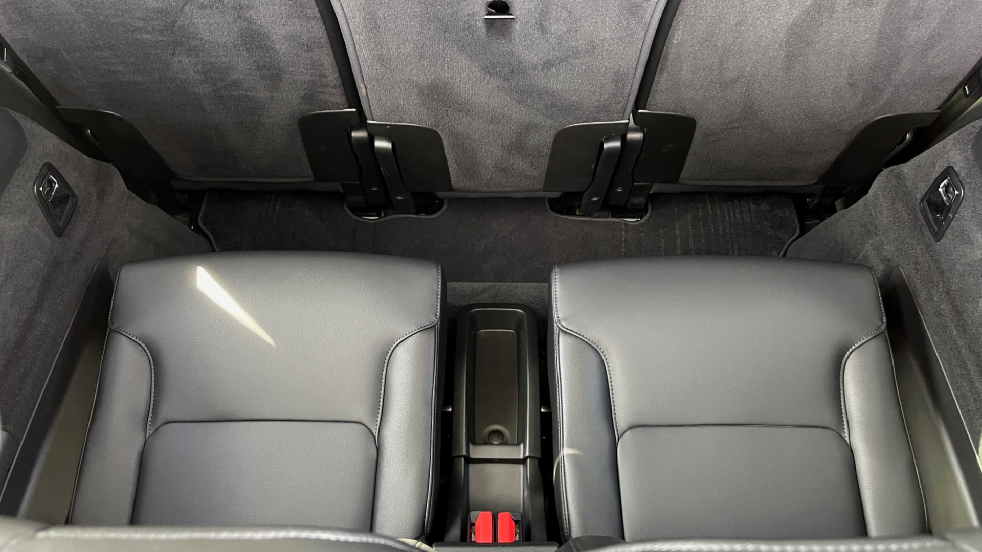 Used 2018 Volvo XC90 T5 AWD MOMENTUM PLUS / NAV / SUNROOF / 3-ROW / REARVIEW for sale $40,295 at Formula Imports in Charlotte NC 28227 23