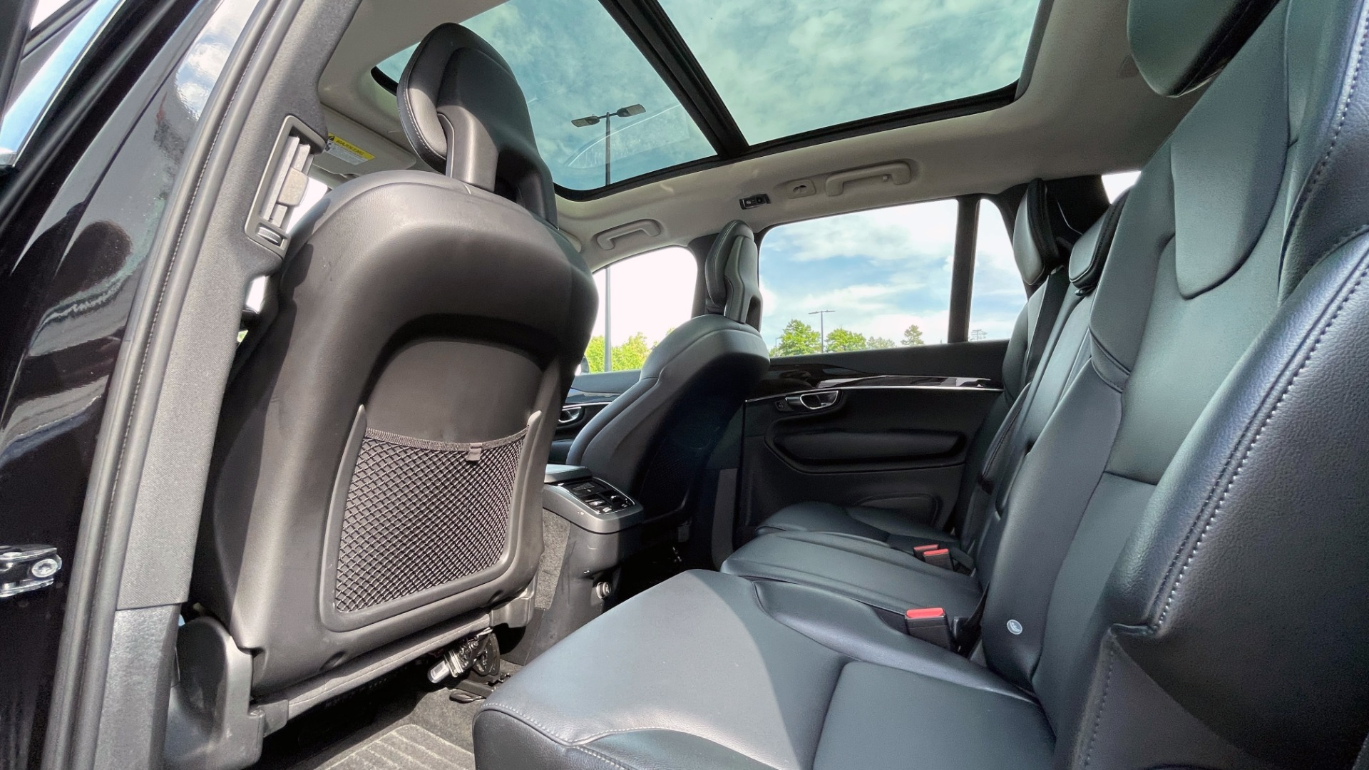 Used 2018 Volvo XC90 T5 AWD MOMENTUM PLUS / NAV / SUNROOF / 3-ROW / REARVIEW for sale $40,295 at Formula Imports in Charlotte NC 28227 67