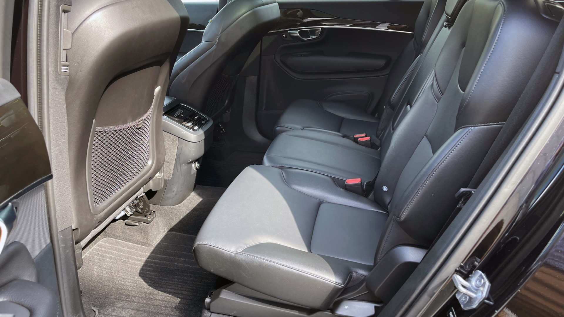 Used 2018 Volvo XC90 T5 AWD MOMENTUM PLUS / NAV / SUNROOF / 3-ROW / REARVIEW for sale $40,295 at Formula Imports in Charlotte NC 28227 68