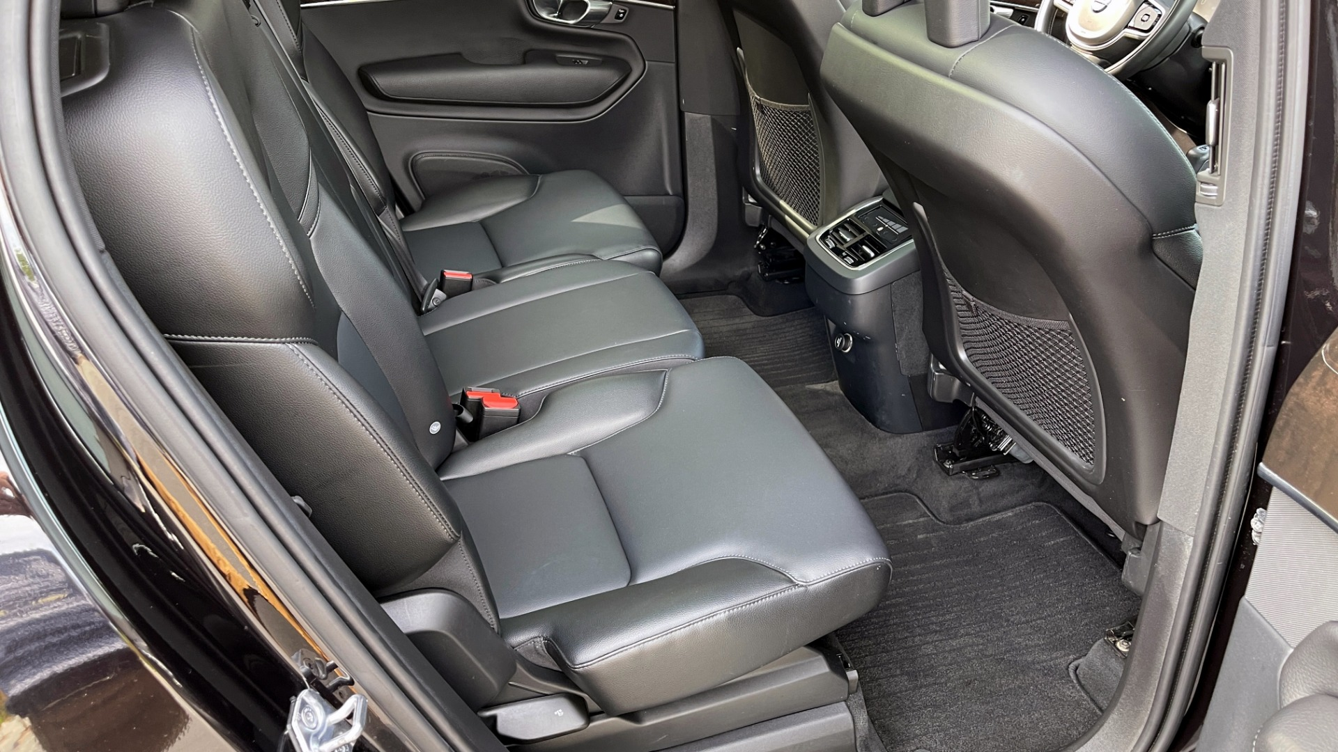 Used 2018 Volvo XC90 T5 AWD MOMENTUM PLUS / NAV / SUNROOF / 3-ROW / REARVIEW for sale $40,295 at Formula Imports in Charlotte NC 28227 73