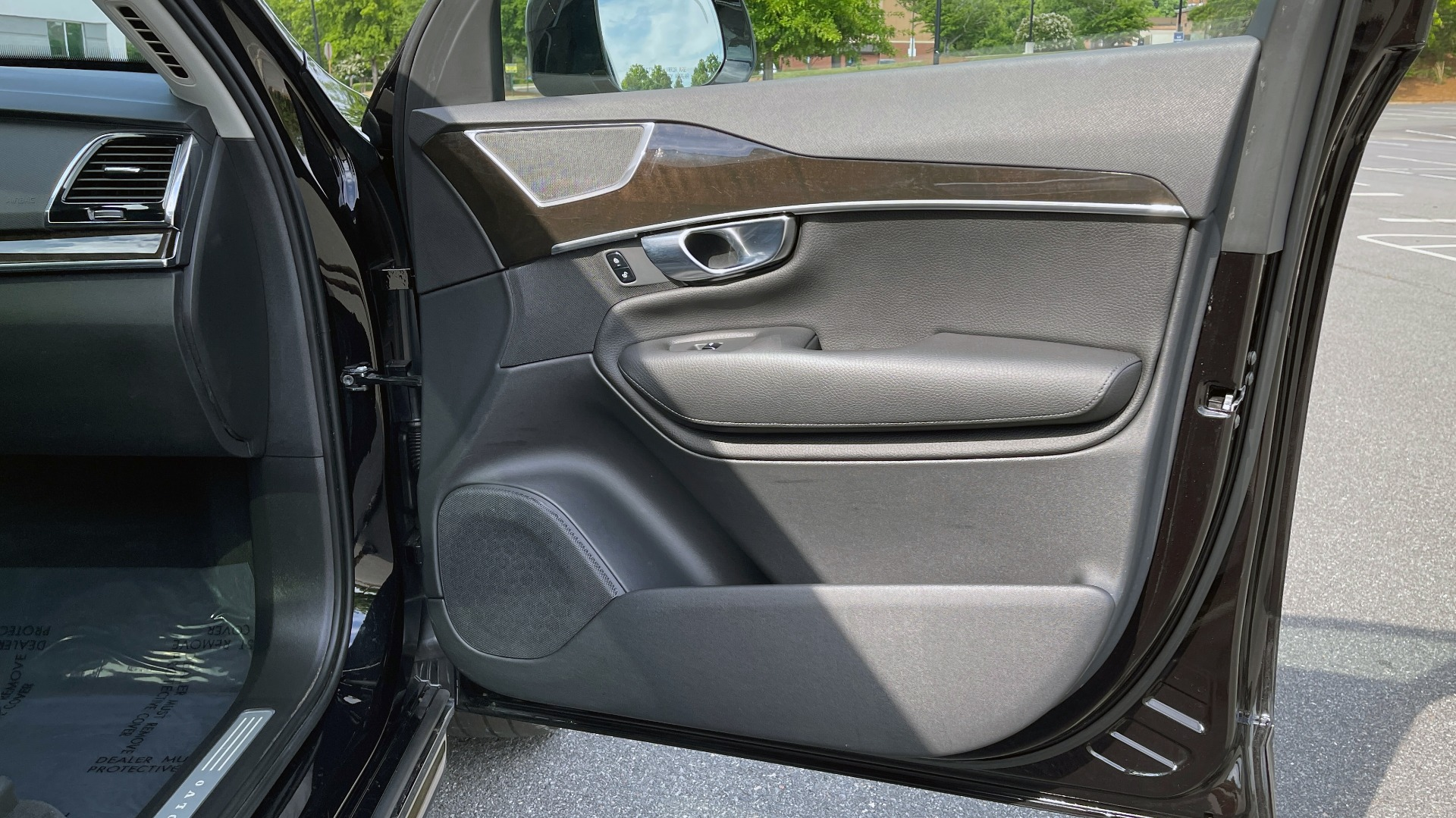 Used 2018 Volvo XC90 T5 AWD MOMENTUM PLUS / NAV / SUNROOF / 3-ROW / REARVIEW for sale $40,295 at Formula Imports in Charlotte NC 28227 78