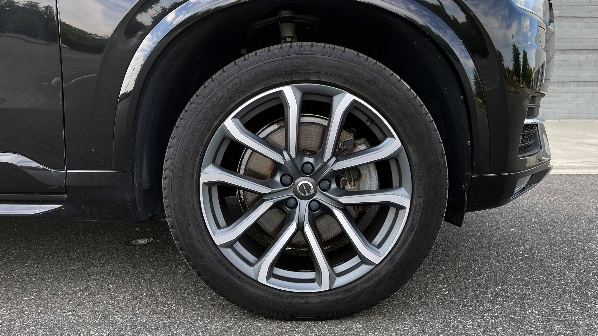Used 2018 Volvo XC90 T5 AWD MOMENTUM PLUS / NAV / SUNROOF / 3-ROW / REARVIEW for sale $40,295 at Formula Imports in Charlotte NC 28227 86