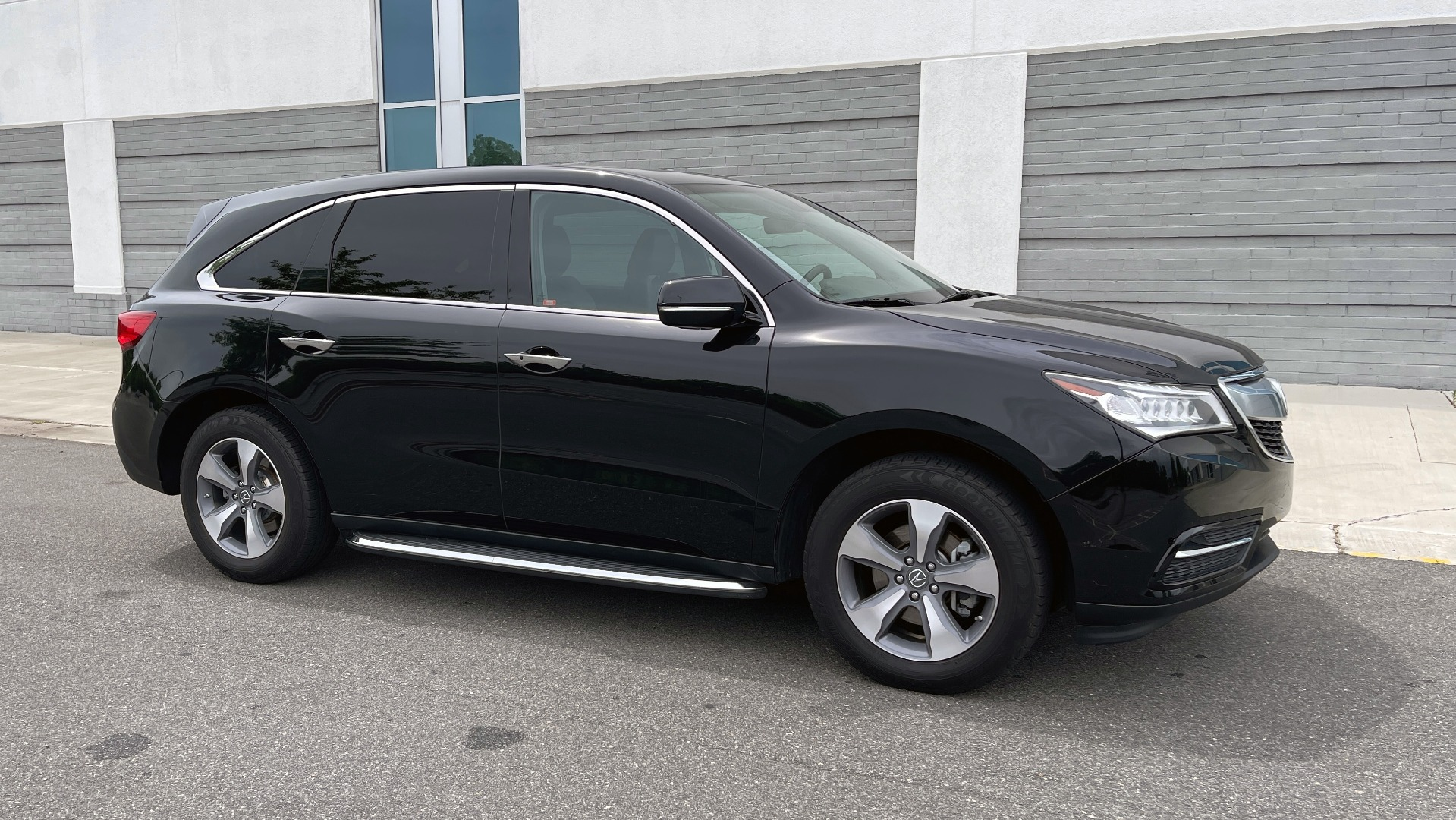 Used 2016 Acura MDX 3.5L V6 / AUTO / LEATHER / NAV / SUNROOF / 3-ROW / REARVIEW for sale $21,900 at Formula Imports in Charlotte NC 28227 6